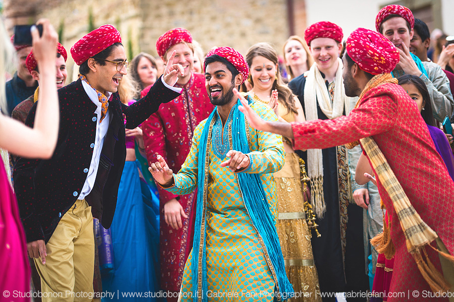 043-baraat-swagat-bolly-wedding-in-umbria-indian