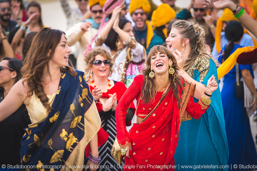 047-baraat-swagat-bolly-wedding-in-umbria-indian