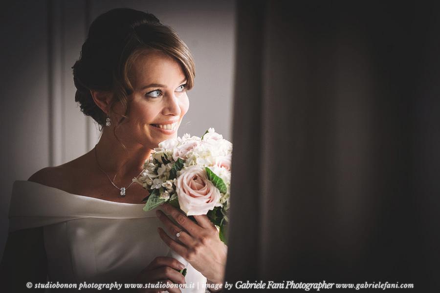 012-bride-portrait-wedding-in-tuscany-villa-nozzole