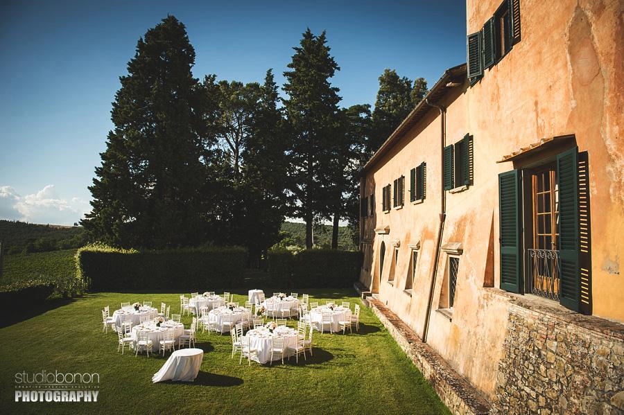 038-reiception-setting-wedding-in-tuscany-villa-nozzole-chianti