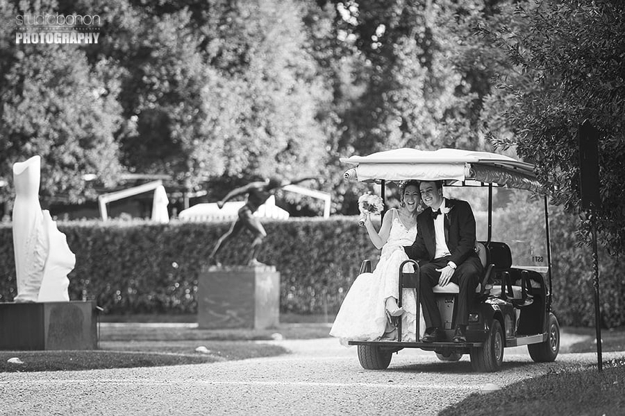 029b-bride-groom-golf-cart-transportation-hotel-four-seasons-florence