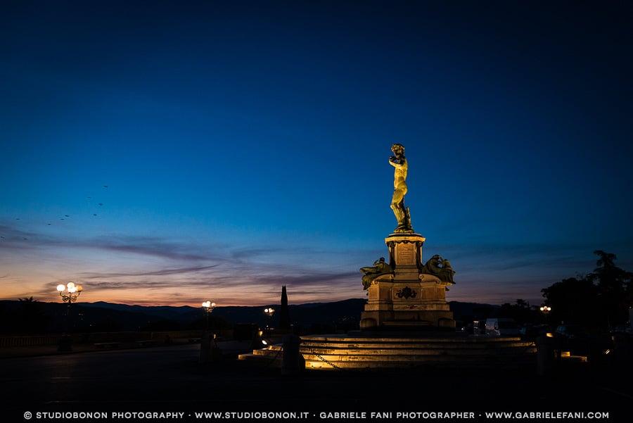 003-david-piazzale-michelangiolo-sunrise-blu-hour-engagement