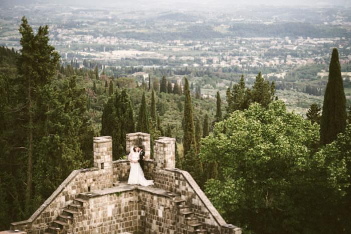 Matrimonio Esclusivo Toscana : Matrimonio civile italiano australiano al castello di vincigliata