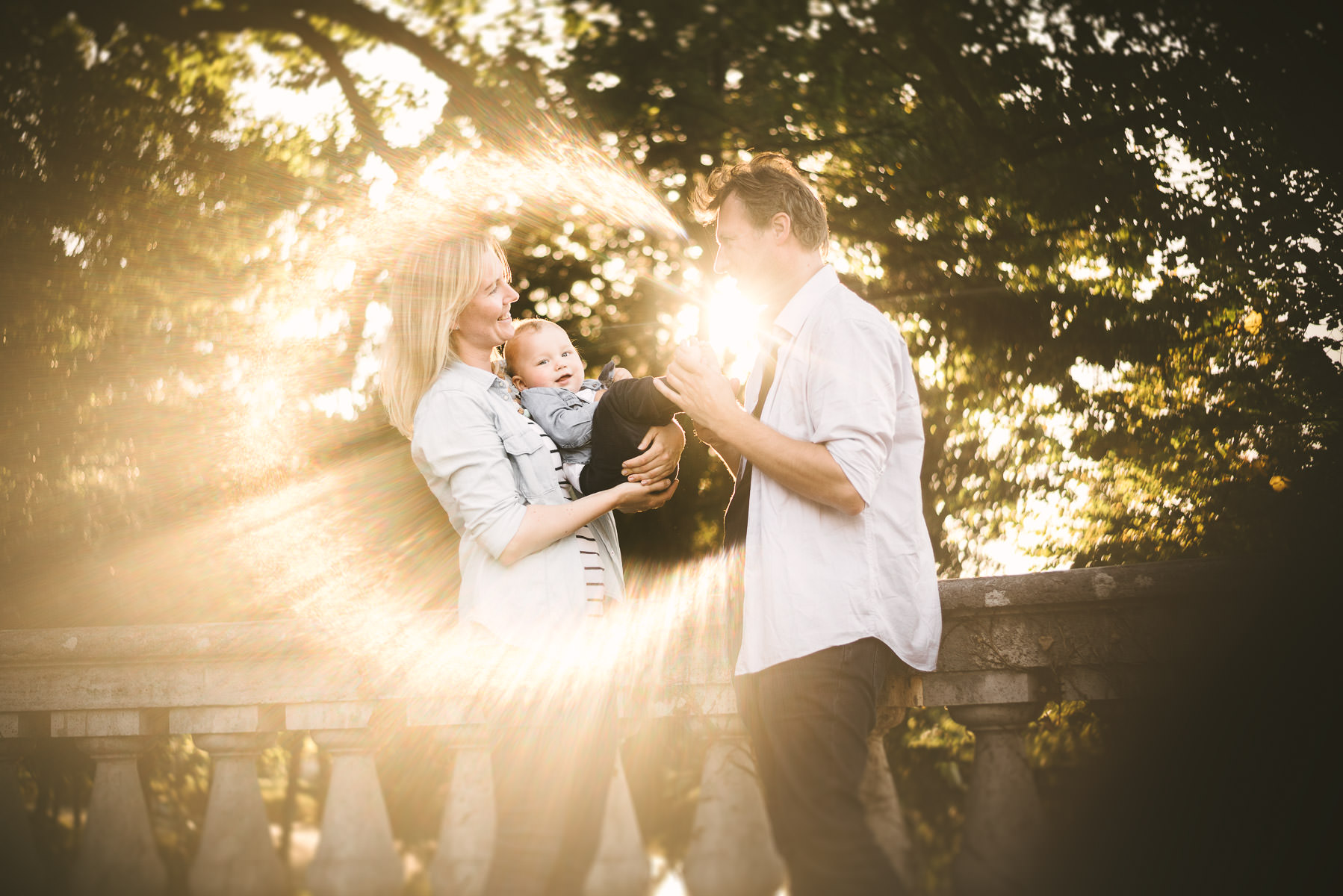 Sweet family vibes! Love is in the air for Kaia and her beautiful family. Florence vacation photography