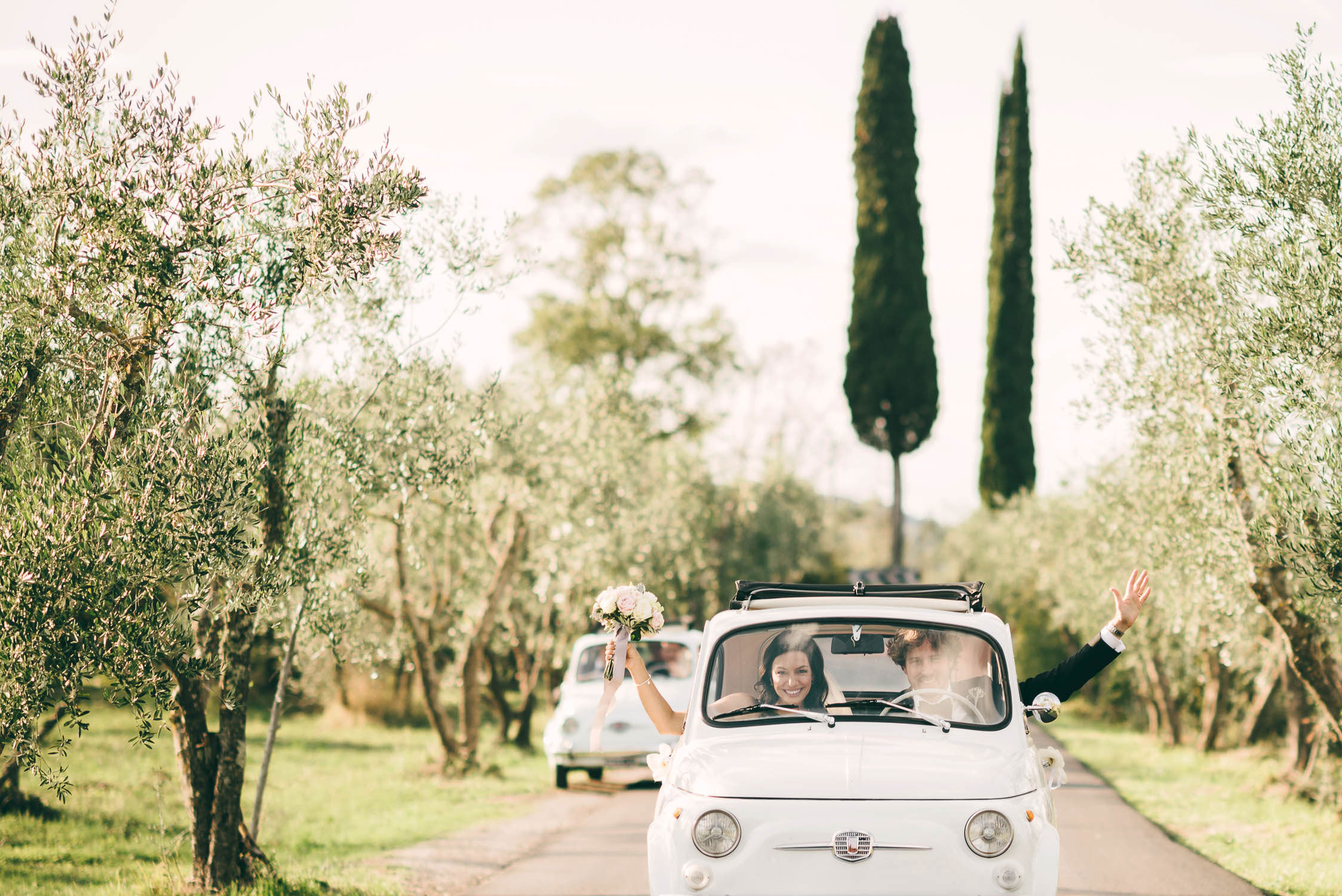 Elegant and unforgettable Florence countryside destination wedding at Villa Medicea di Lilliano