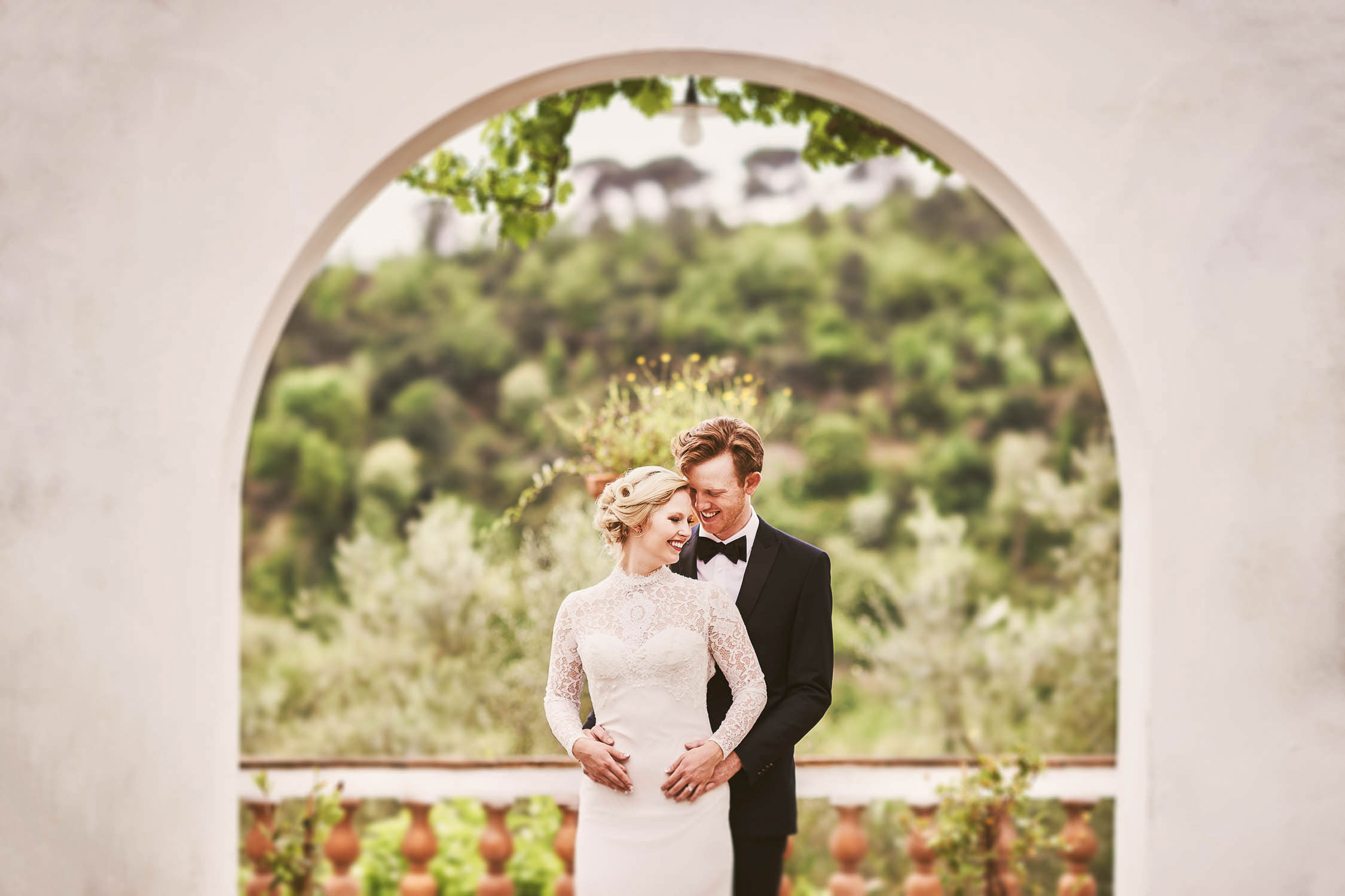 Bride and groom share the love at wedding venue Villa Torricella into Florence countryside