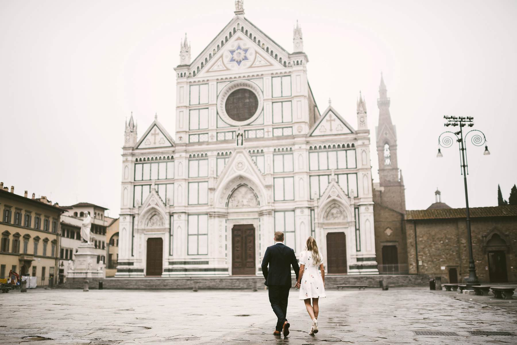 Sunrise pre wedding photo shoot in Florence