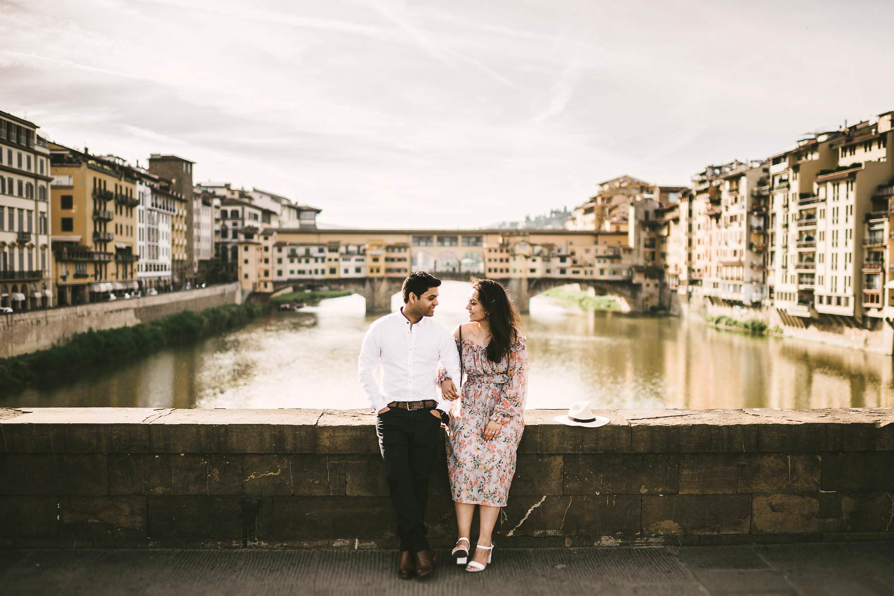 Florence early morning elegant engagement pre-wedding photo shoot