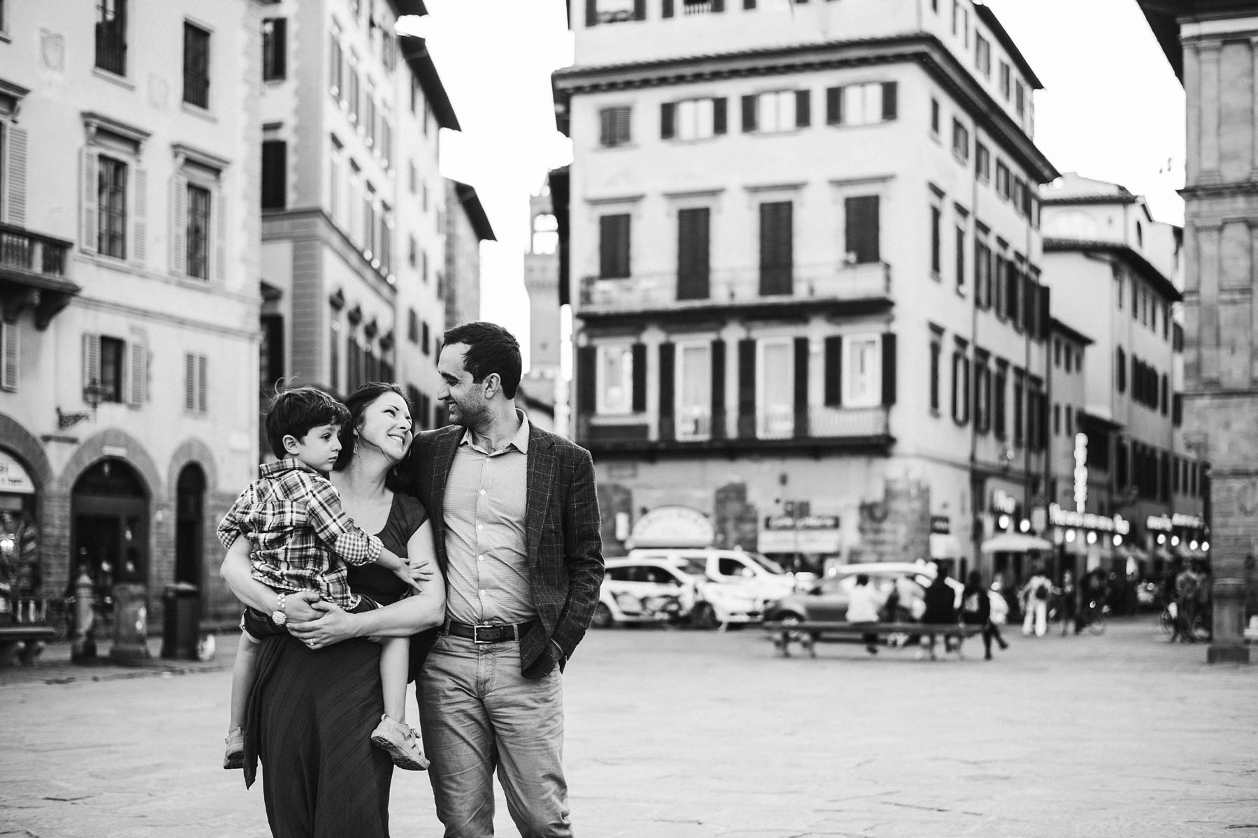 Gorgeous family time in Piazza Santa Croce during family photo service in Florence