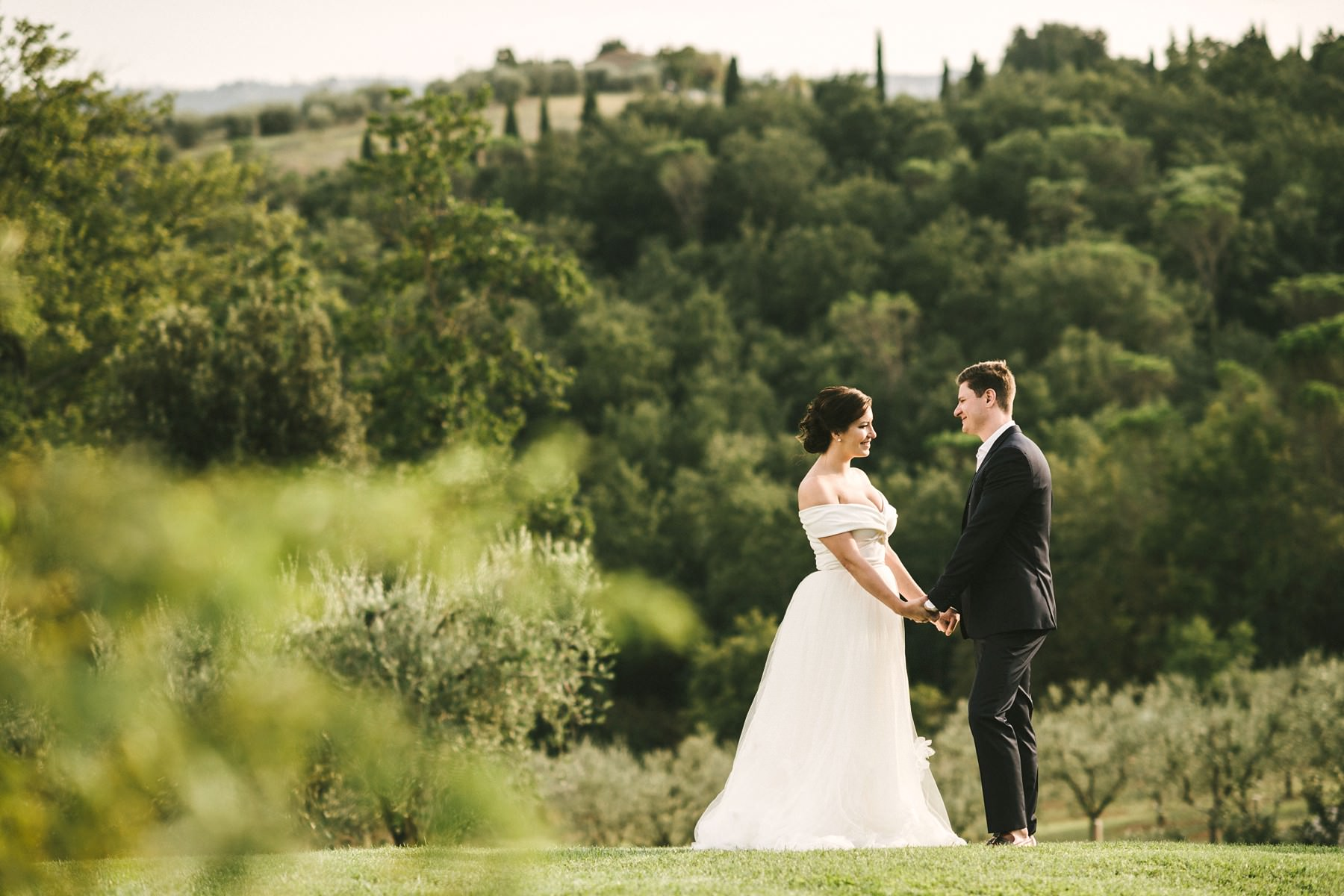Lillianna and Ross's romantic elopement in Tuscany countryside farmhouse Casetta