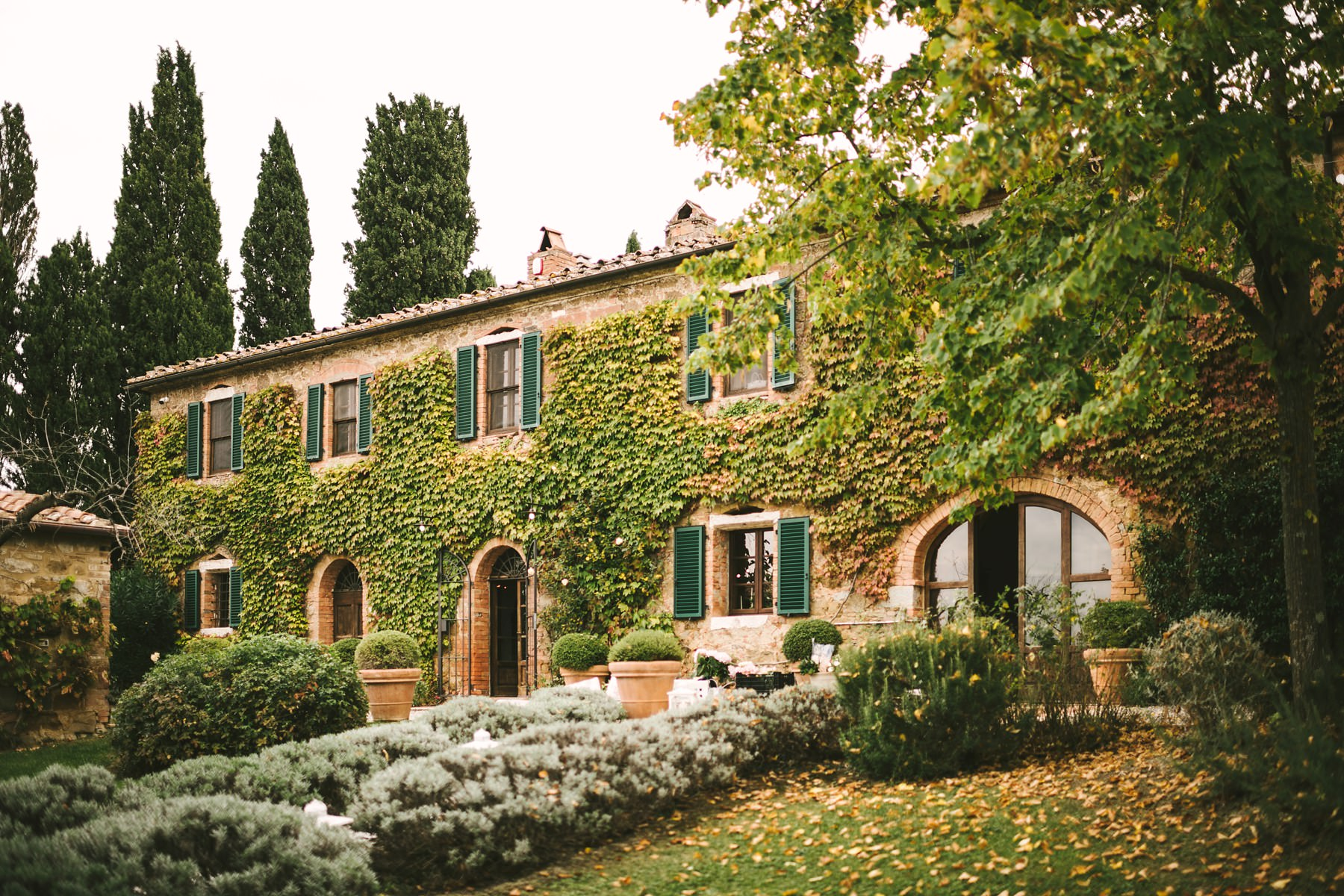 The charming La Fornace, a lovely countryhouse nested in Val d'Orcia near Montisi
