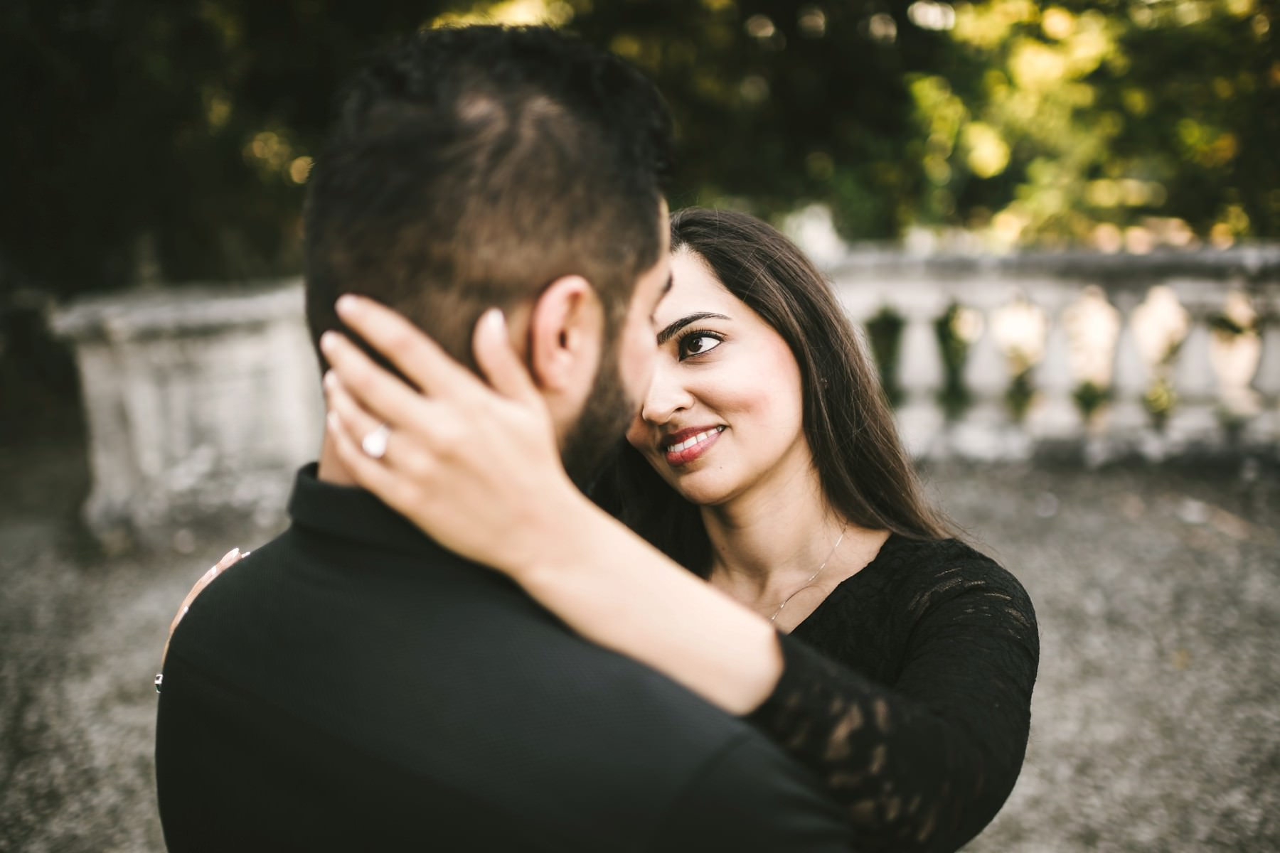 Lovely and romantic couple photo session in Florence