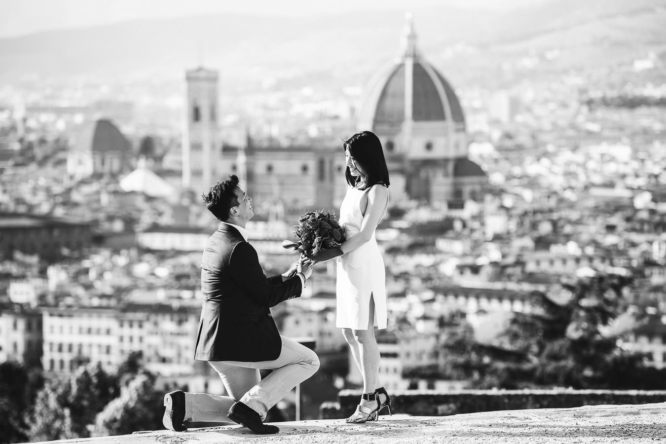 Get her to say Yes with a romantic surprise proposal in Florence