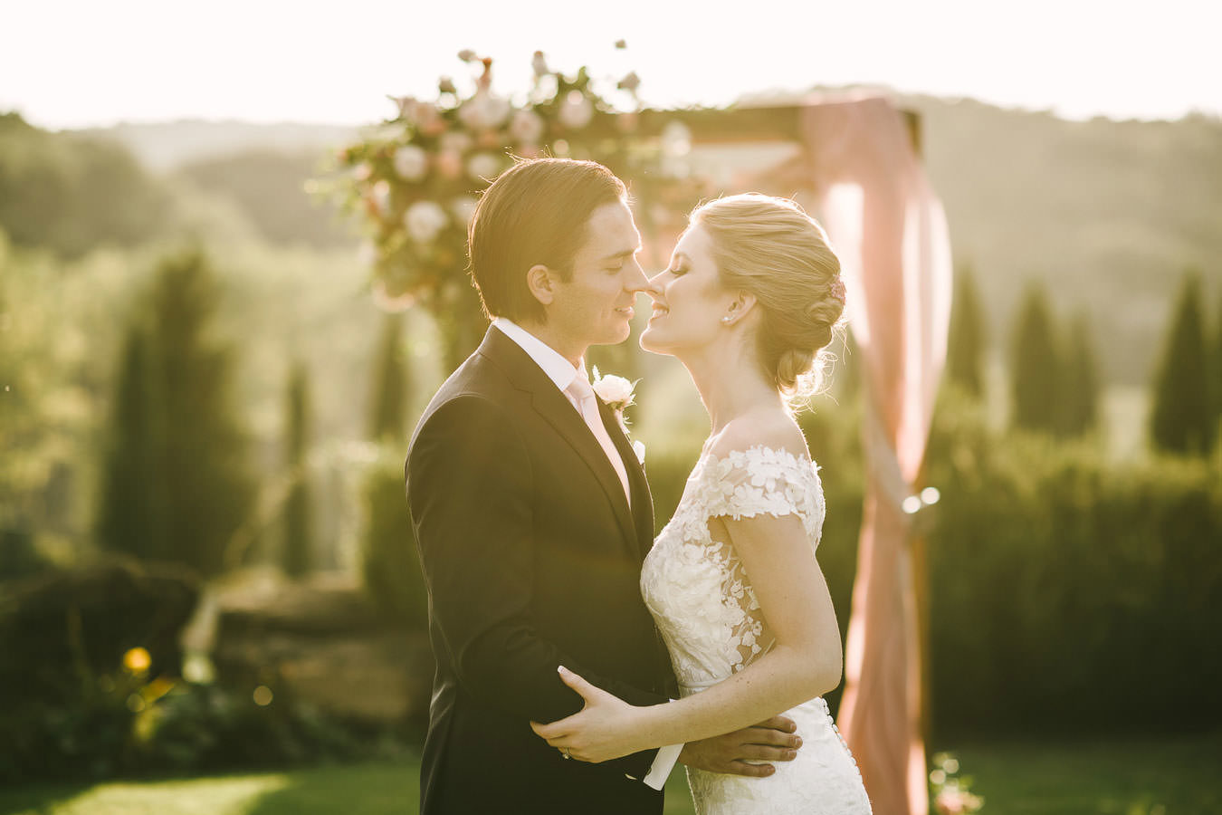 Villa La Selva resort in Tuscany countryside is a perfect surroundings for a dreamy elopement in Italy
