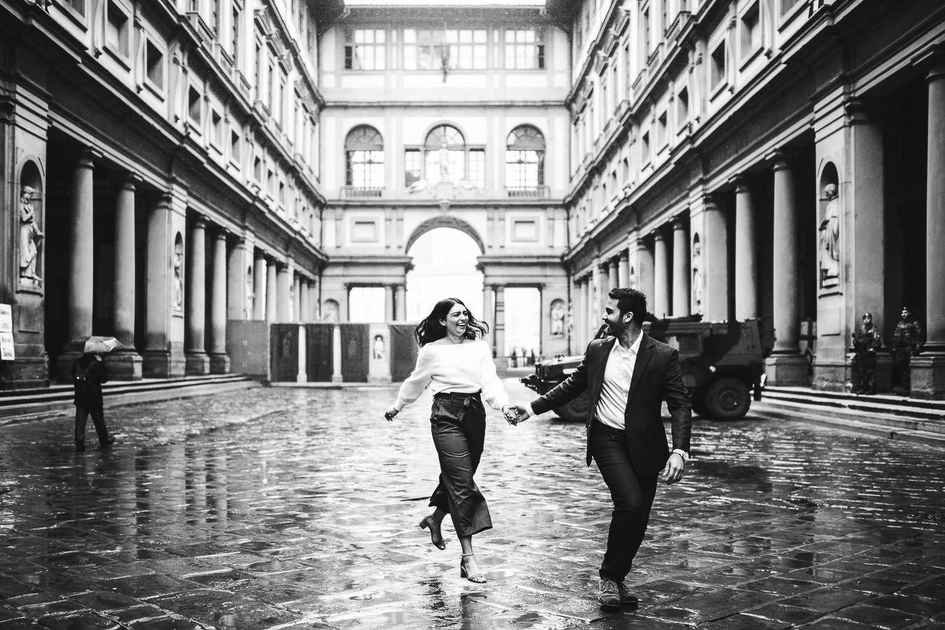 Looking for something unique? Choose the magic of winter engagement photos in Florence