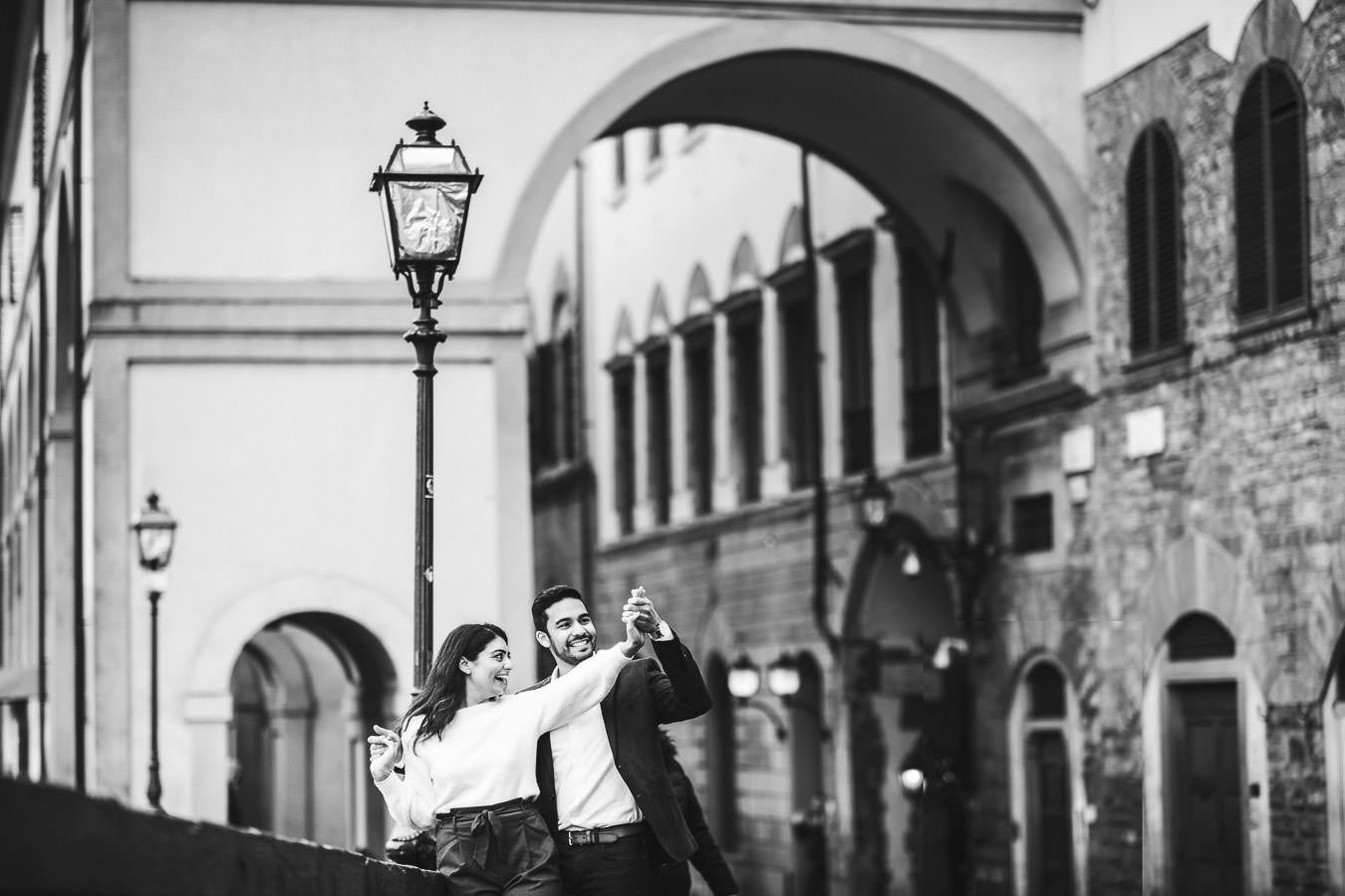 Exciting Florence engagement photo shoot near Ponte Vecchio