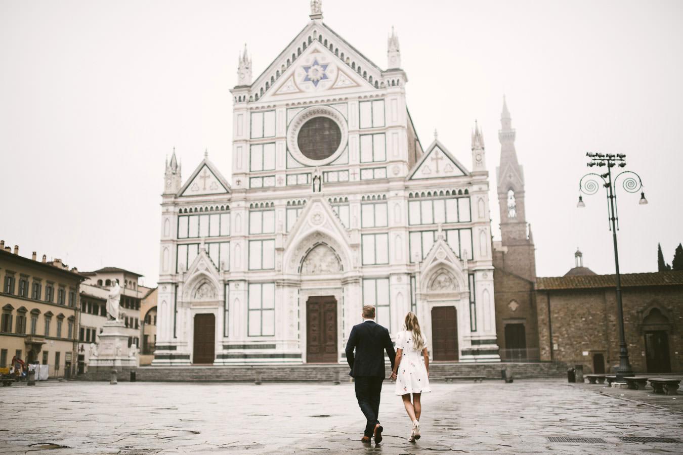 Sunrise pre wedding photo shoot in Florence