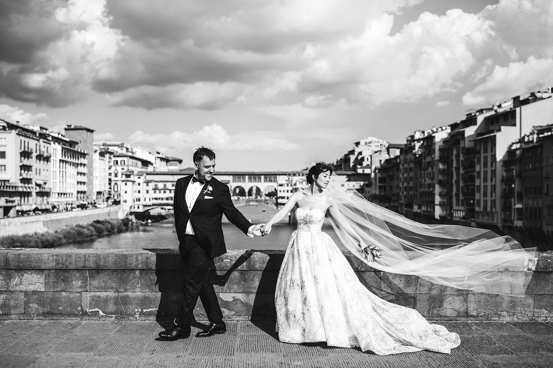Fully express your love with pre wedding and wedding photos in Florence