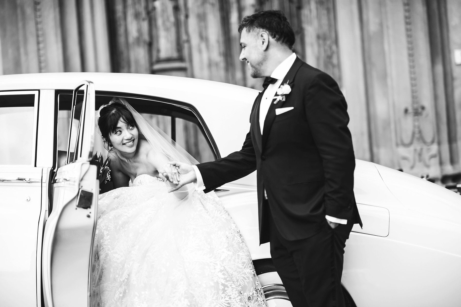 Elegant bride and groom wedding portrait in Florence with reception at Villa Le Fontanelle. Intimate destination marriage in Italy