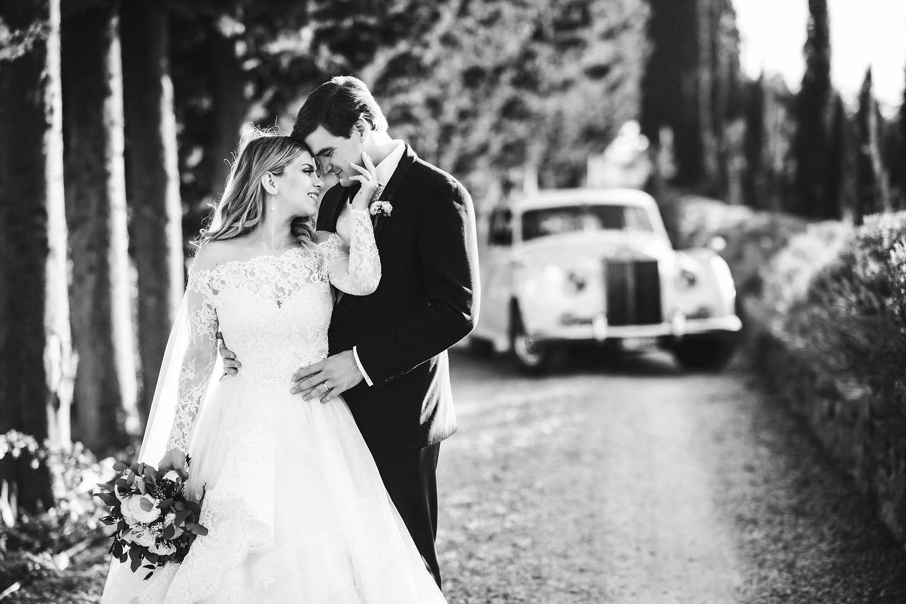Elegant bride and groom portrait at Villa Mangiacane in Chianti. Intimate destination wedding in Italy