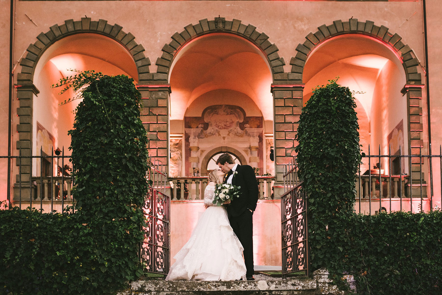 Bride and groom wedding photo at Villa Mangiacane in Chianti area in Tuscany