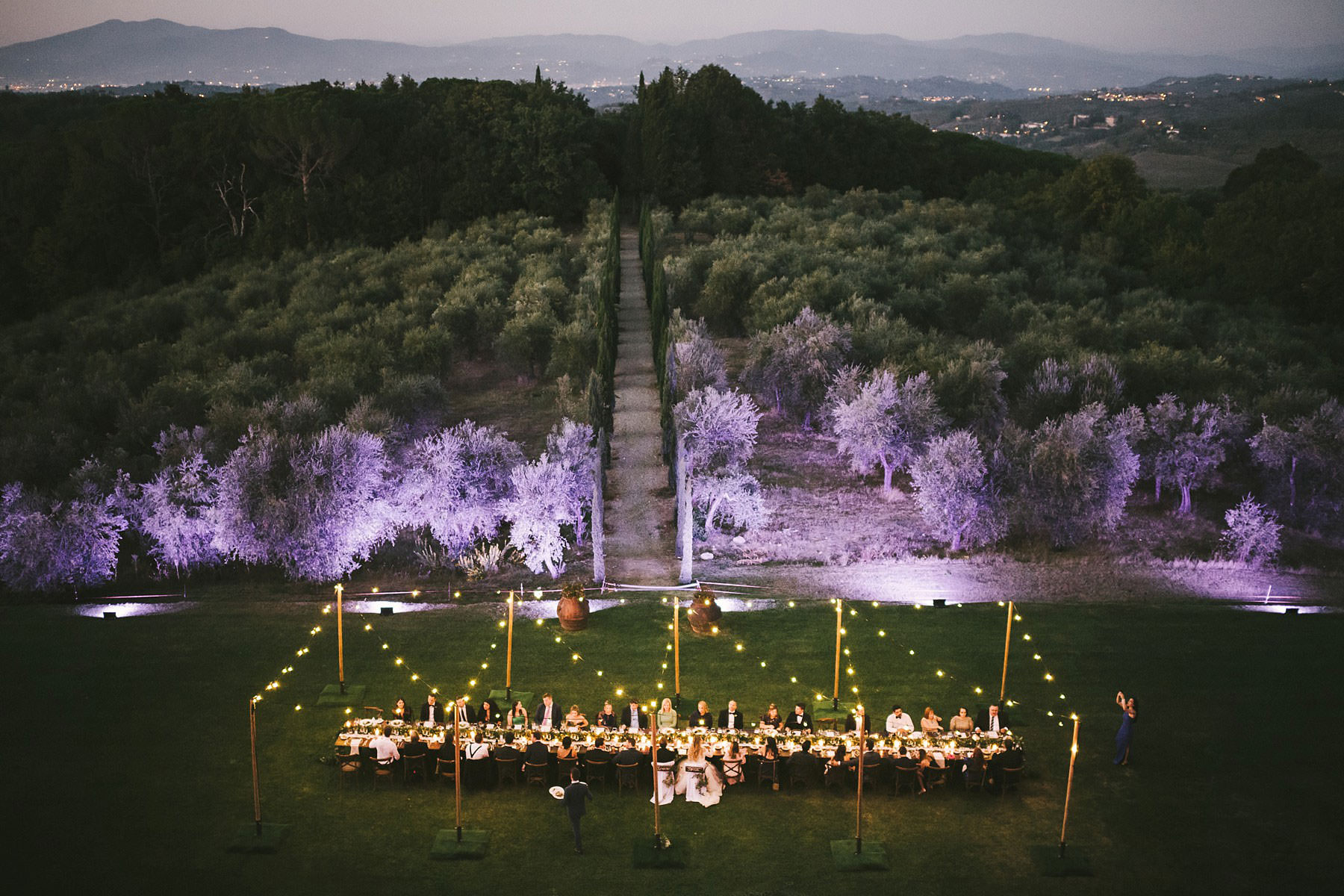 Lovely dinner table reception at Villa Mangiacane one of the perfect wedding venue in the heart of Chianti are in Tuscany