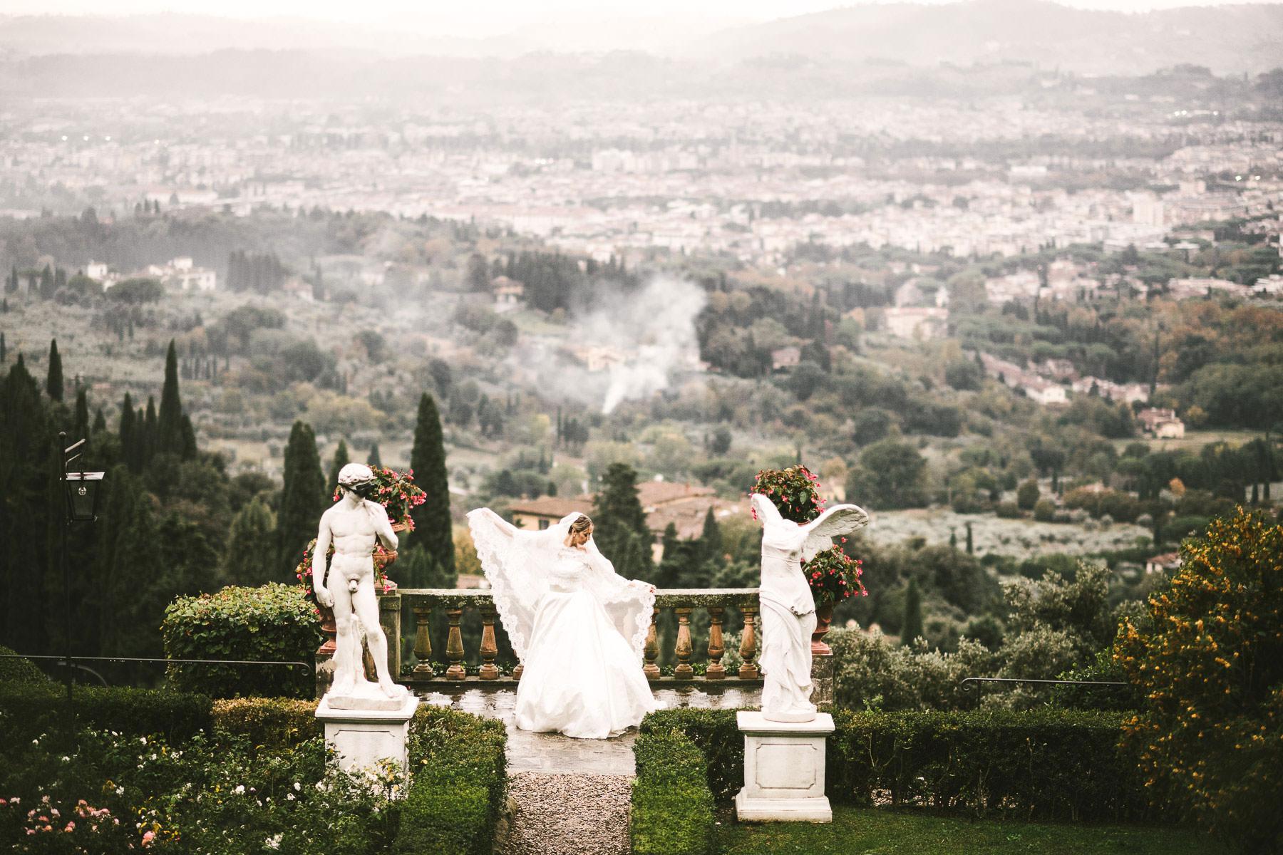 Elegant and classic bridal portrait. Destination wedding in Florence at Villa Mangiacane near Fiesole