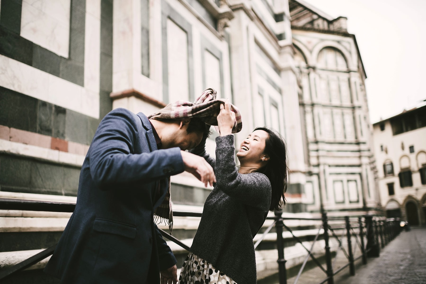 Lovely and genuine candid engagement pre-wedding photo. Sunrise walk tour in Florence near the Duomo with no crowds