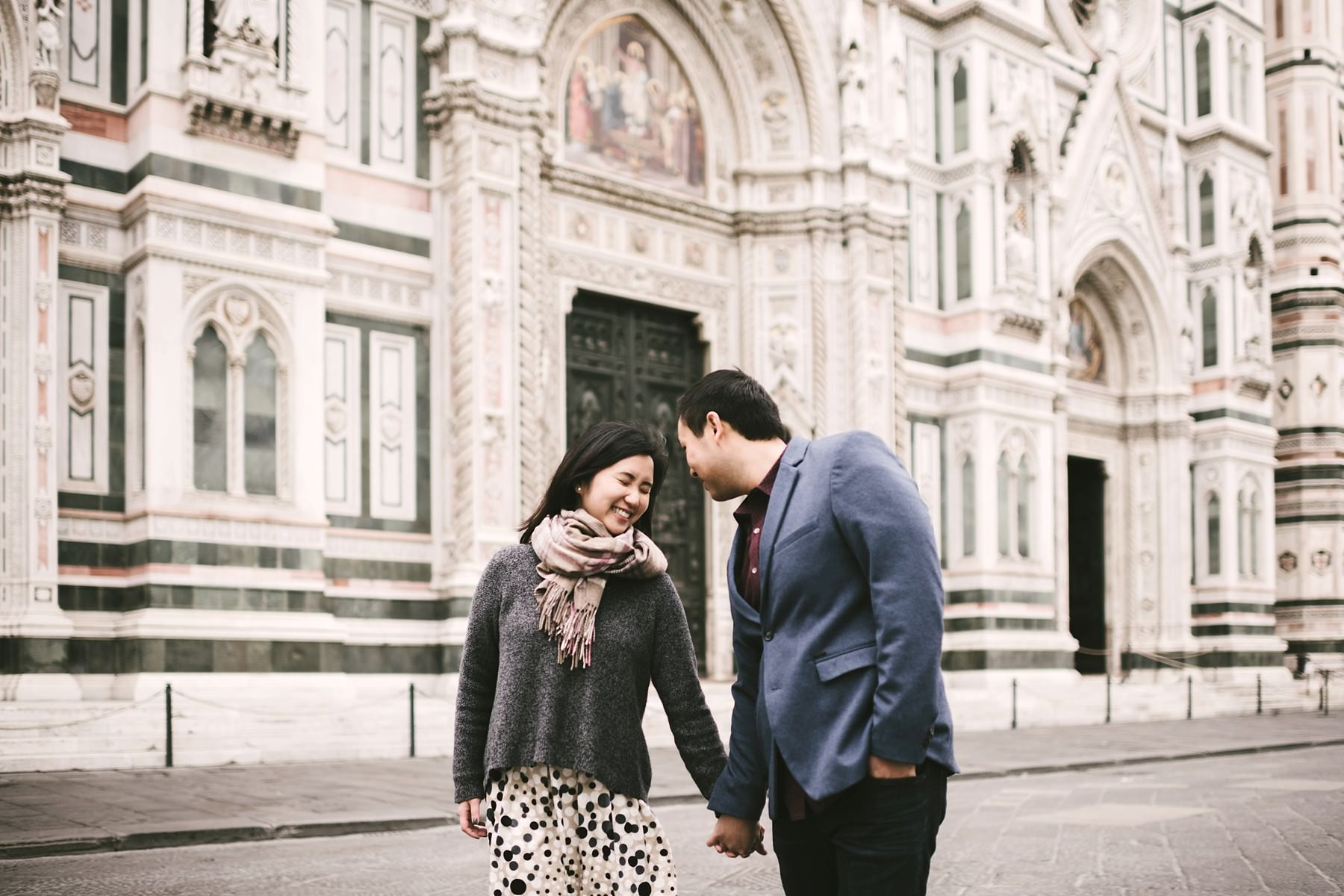 Lovely engagement pre-wedding photo. Sunrise walk tour in Florence near the Duomo with no crowds