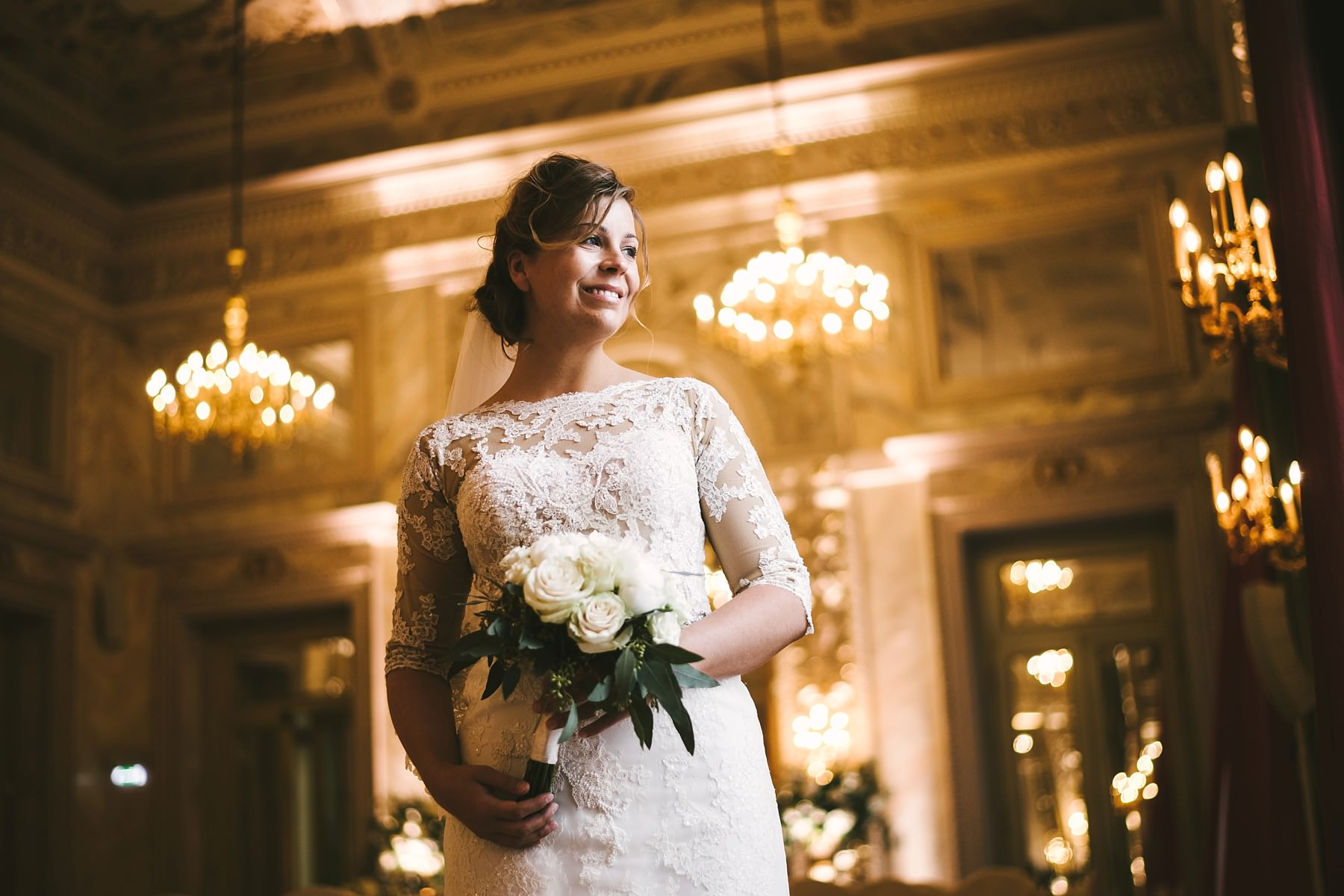 Lovely and elegant but simple bridal portrait at luxury Hotel St. Regis Florence