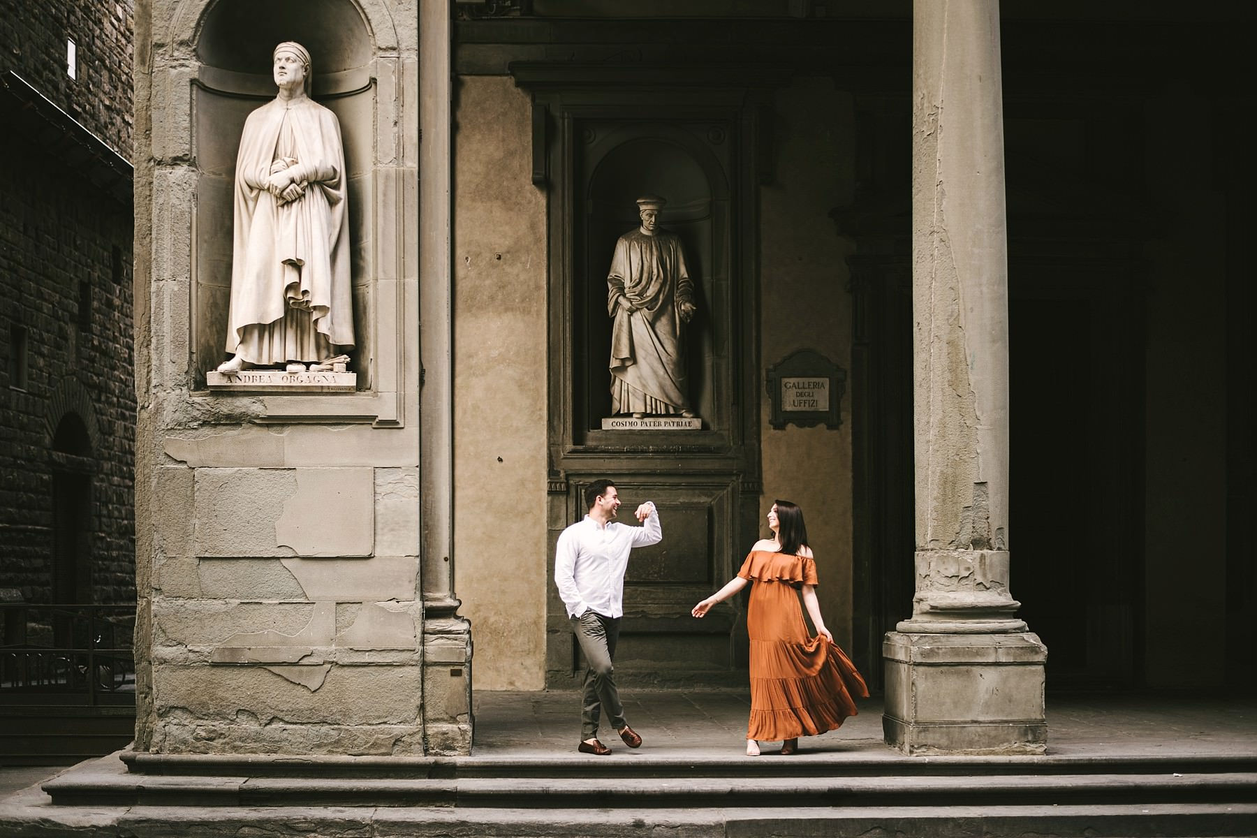 Exciting couple portrait photo session in Florence at sunrise time with anyone around the couple. Have the whole city at your feet for the best enjoyable experience