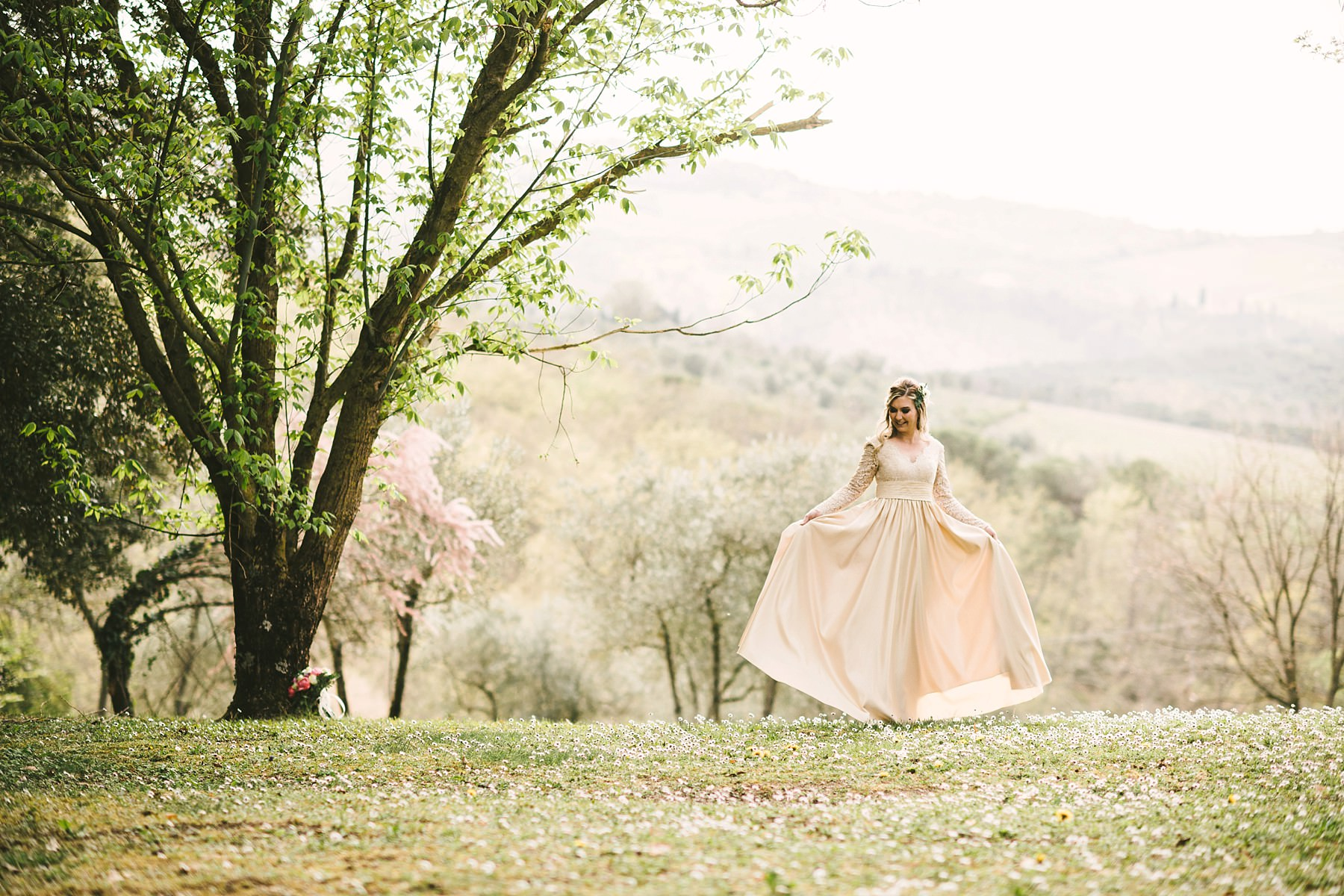 Lovely bridal portrait at Tenuta Nozzole in the countryside of Tuscany