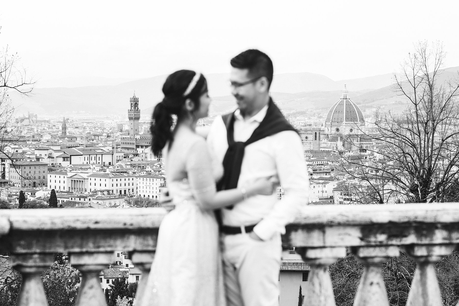 Lovely Florence engagement pre wedding photo tour near San Miniato al Monte and Piazzale Michelangelo a breathtaking panoramic spot to enjoy the view of the city of Florence