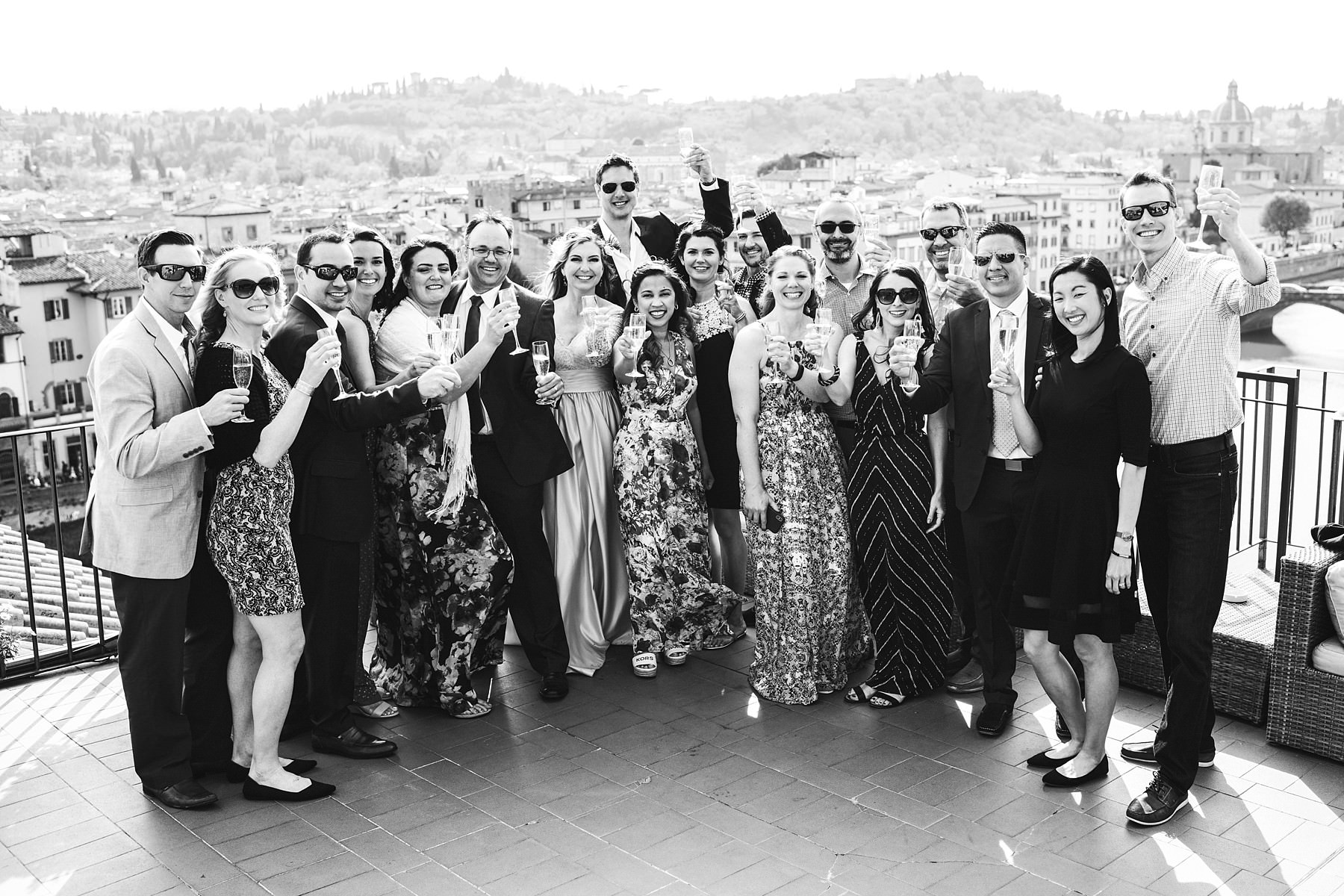 Intimate and exciting vows renewal ceremony event in Florence at Antica Torre Tornabuoni top terrace with breathtaking view of the city