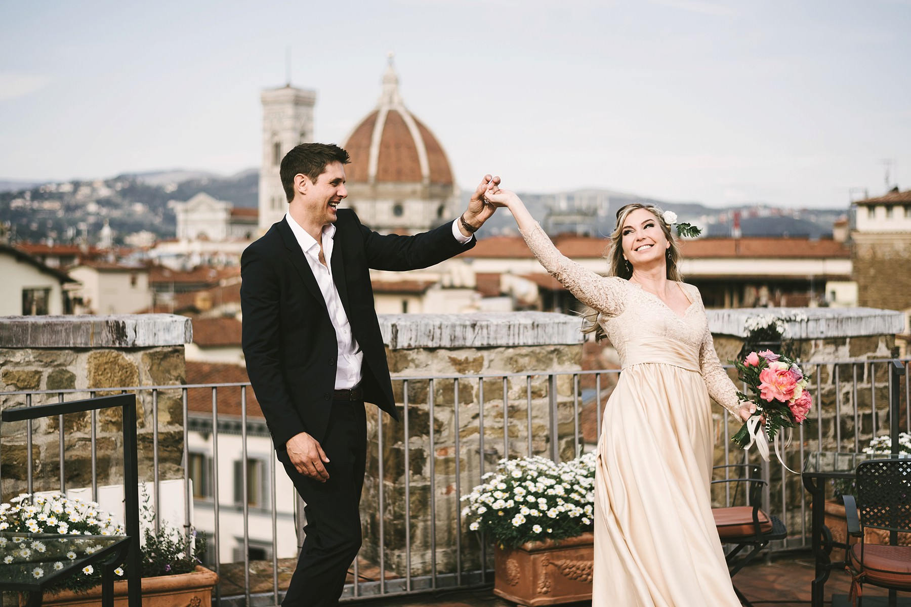 Vows renewal couple portrait photo session in Florence at Antica Torre Tornabuoni