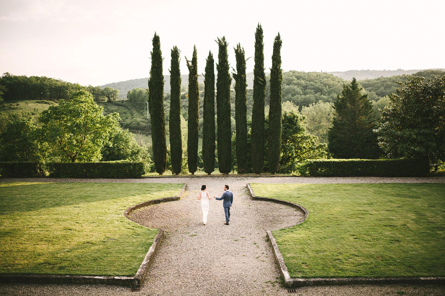 Elegant pre-wedding photo shoot at historical estate of Villa La Selva Wine Resort
