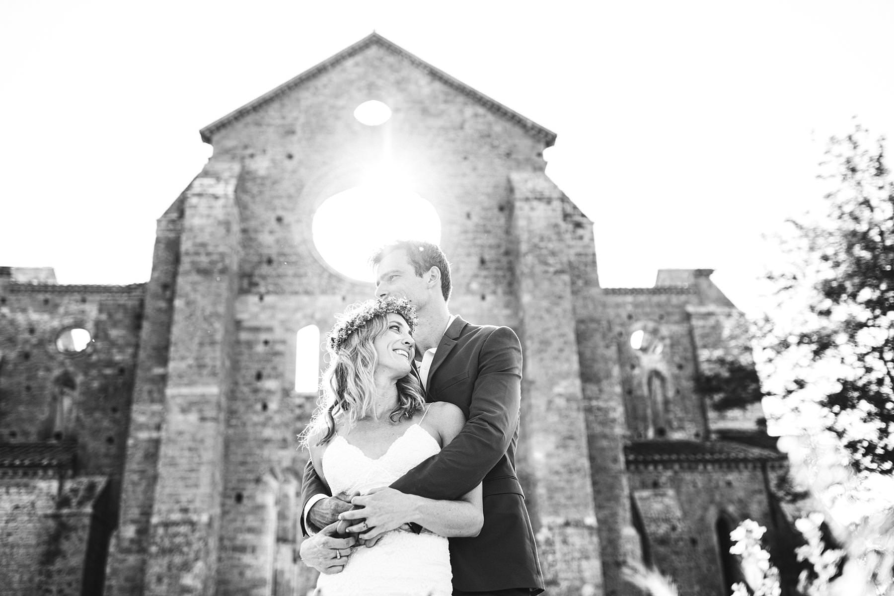 Small wedding in Italy in the breathtaking San Galgano Abbey in Tuscany. When youÕre planning your longed-for, small wedding in Italy and you want to be absolutely unforgettable, you should consider finding a unique location. Not only your guests will be left speechless, but you will say ÒI doÓ immersed in complete beauty - the same beauty that will appear in the photos that you are going to treasure forever