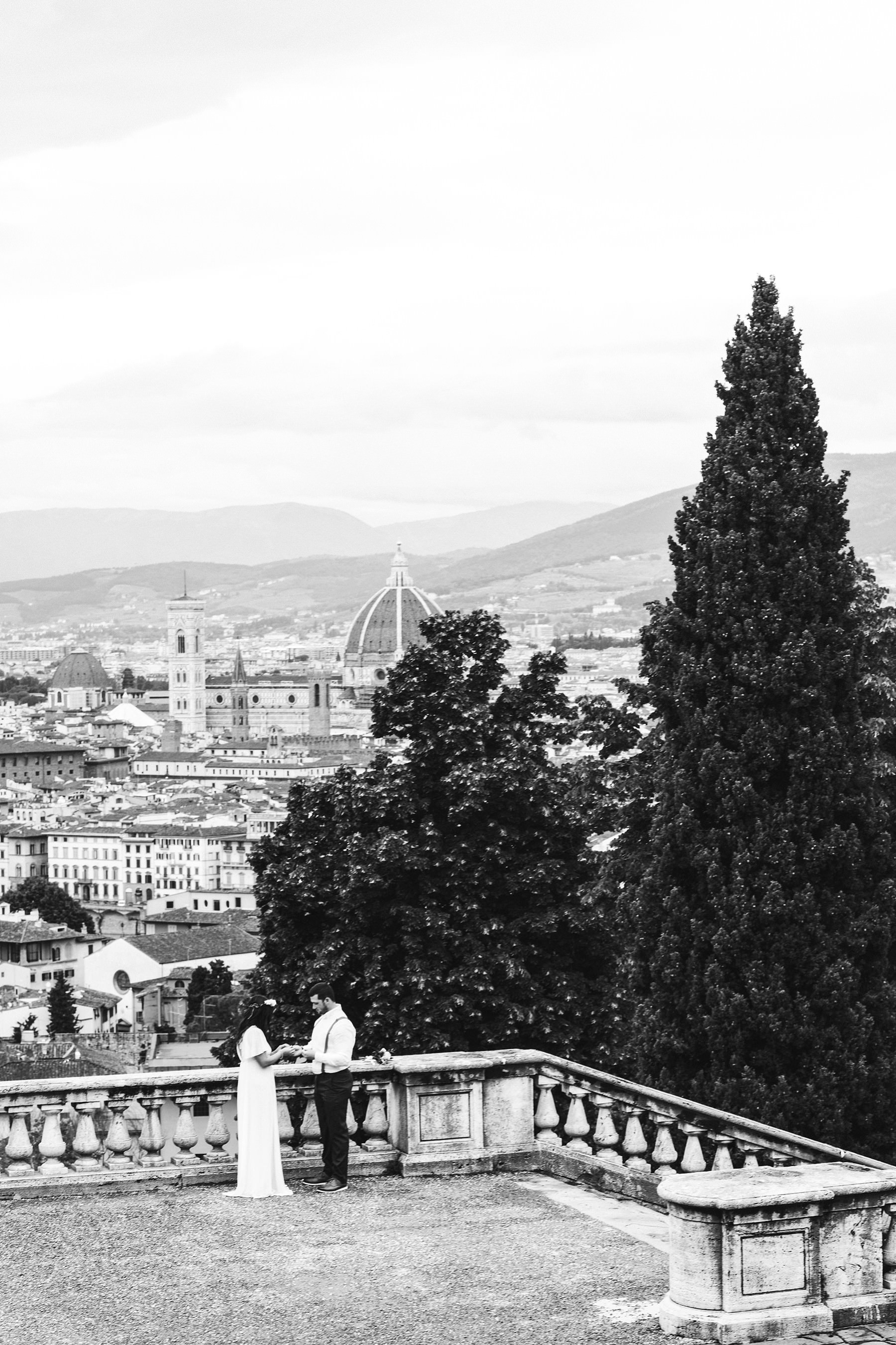 American your couple elopement photo shoot in Florence at San Miniato al Monte panoramic location