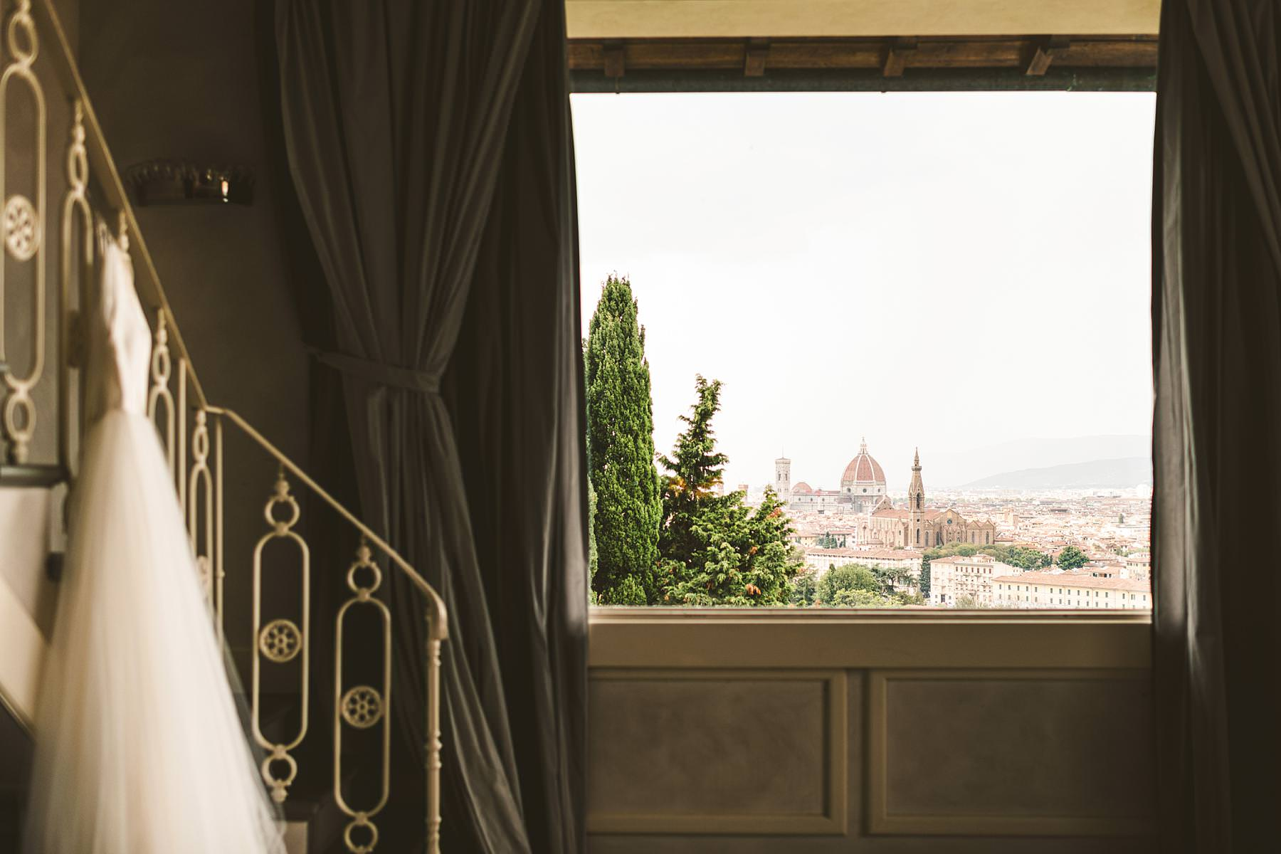 If you want to get married in Florence and you're looking for a venue that will leave your guests and yourself speechless, Villa La Vedetta is the place for you