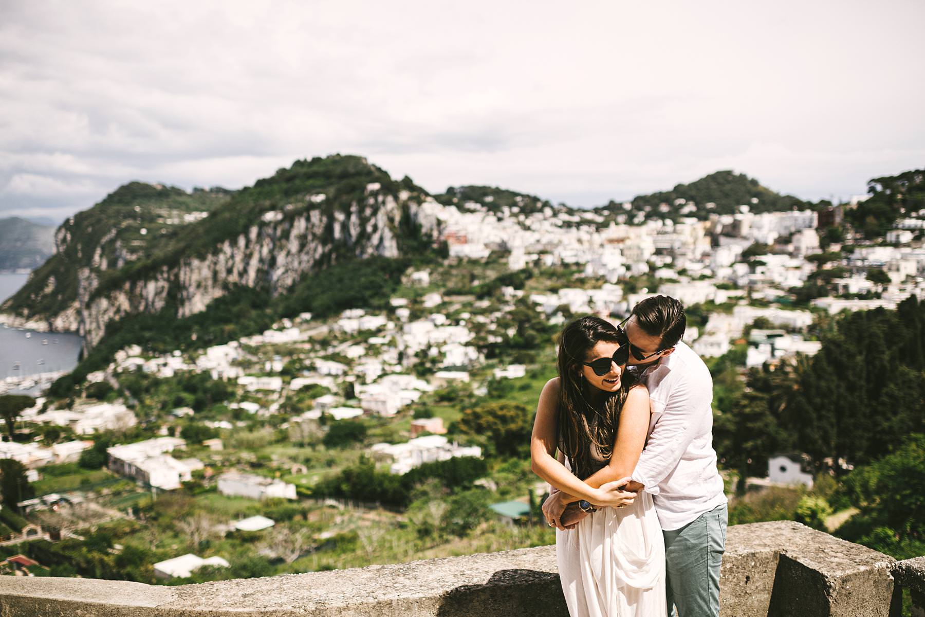 Lovely and romantic couple engagement photo shoot in Capri