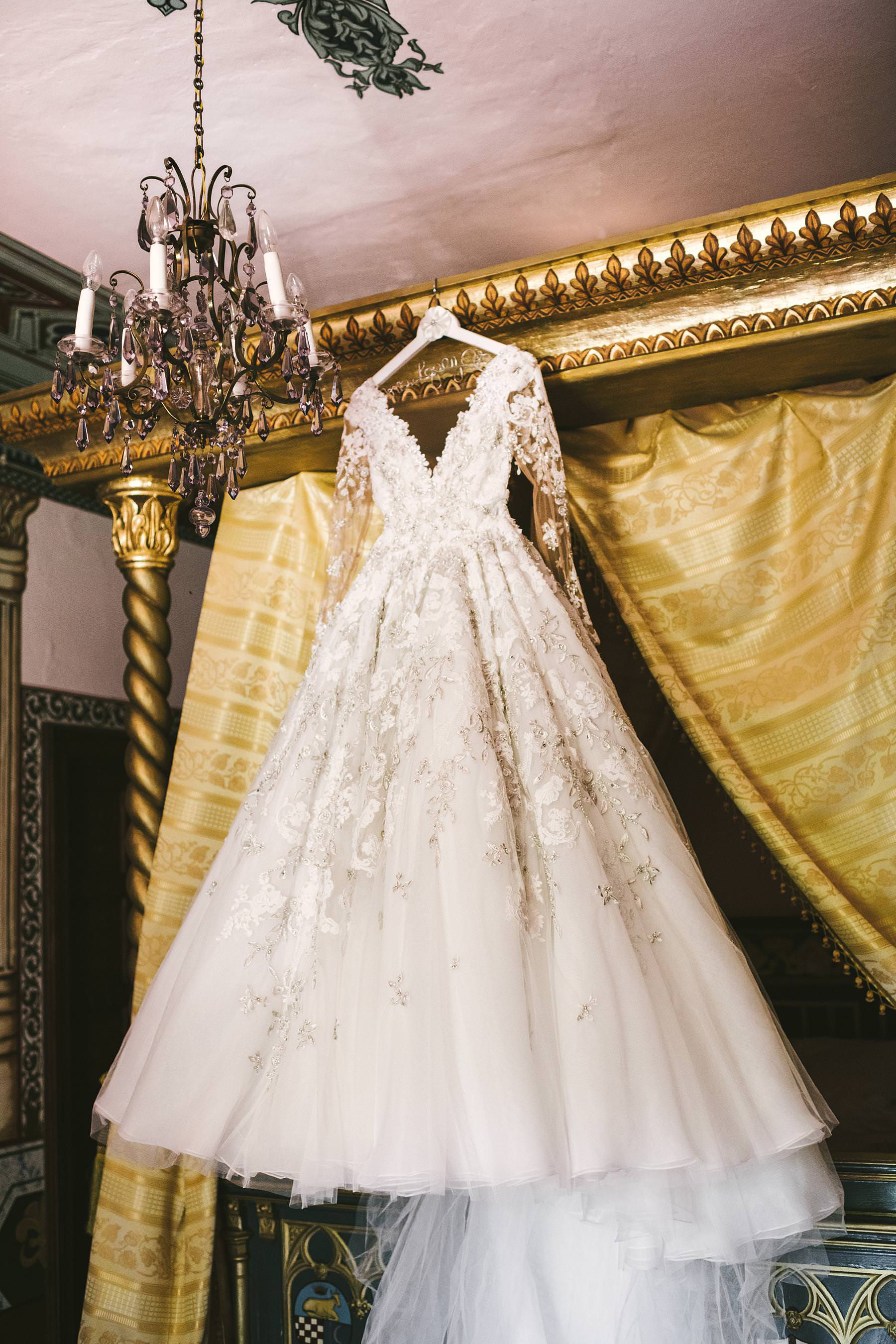 Elegant and gorgeous bride wedding dress by Ysa Makino at Valenzano Castle in Tuscany near Arezzo