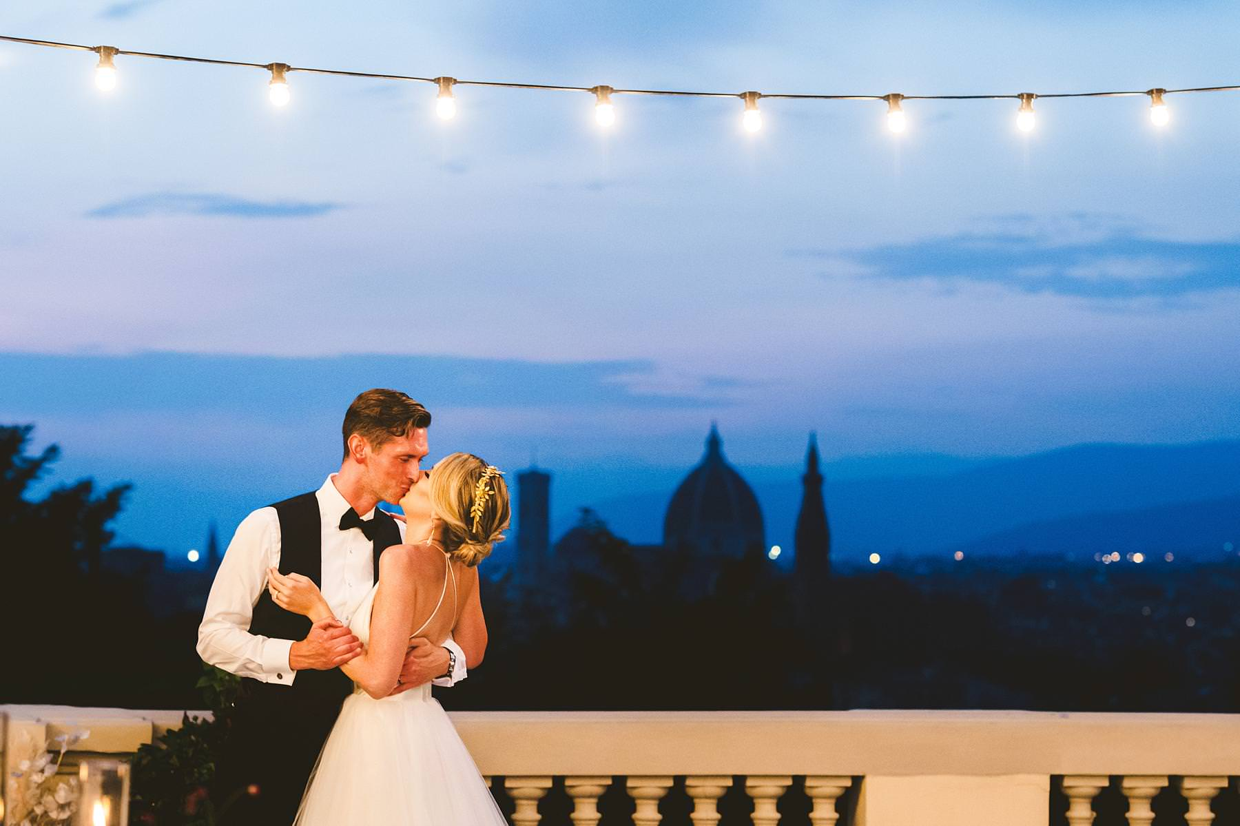 Villa La Vedetta, Florence. Fall in love with the view. Bride and groom first dance