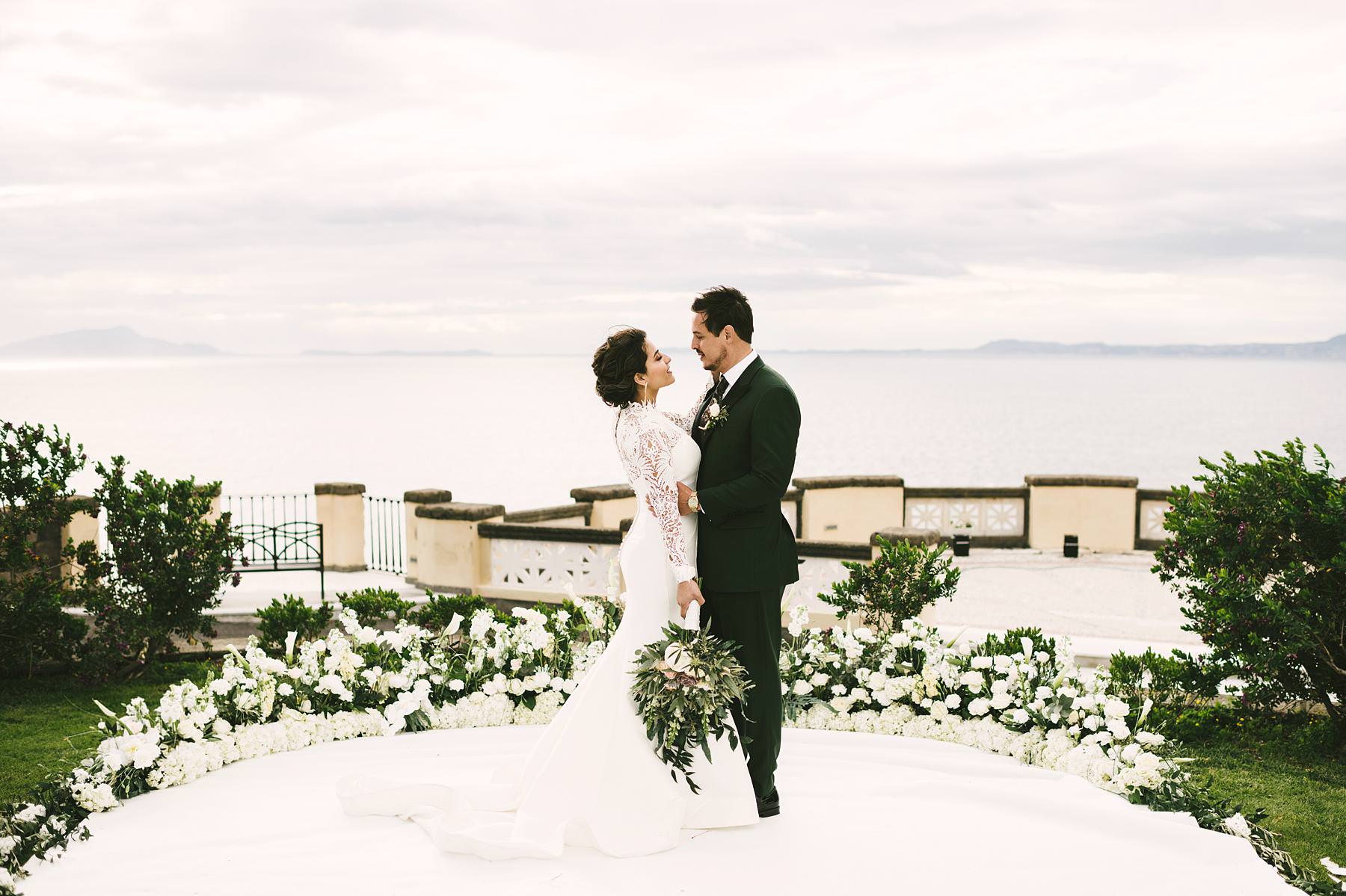 Lovely and intimate wedding couple portrait in Sorrento at Villa Angelina