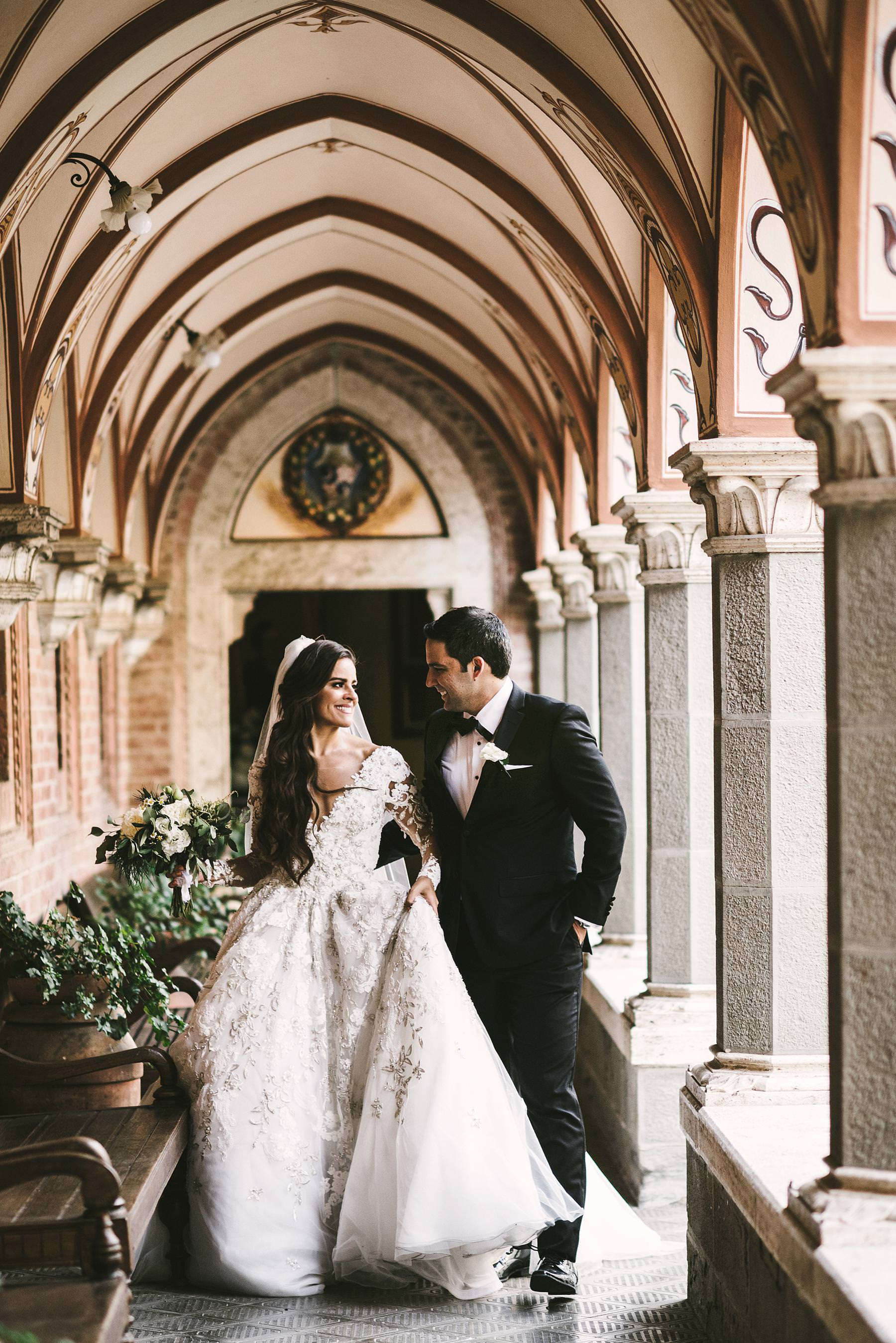 Elegant castle destination wedding in Tuscany countryside at Valenzano near Arezzo