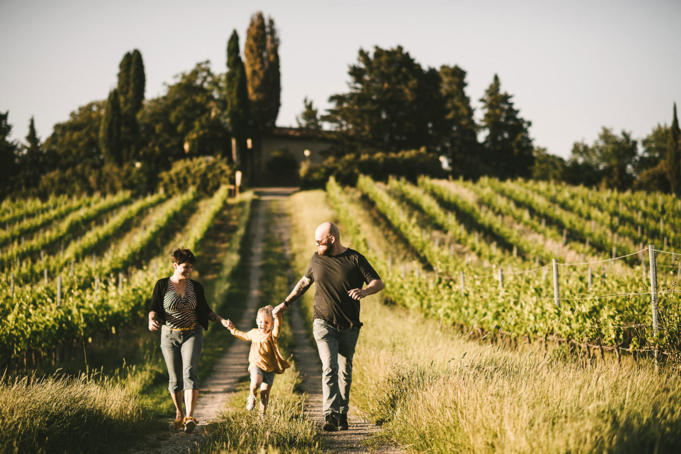 Family holiday photos in Tuscany, genuine happiness for everyone