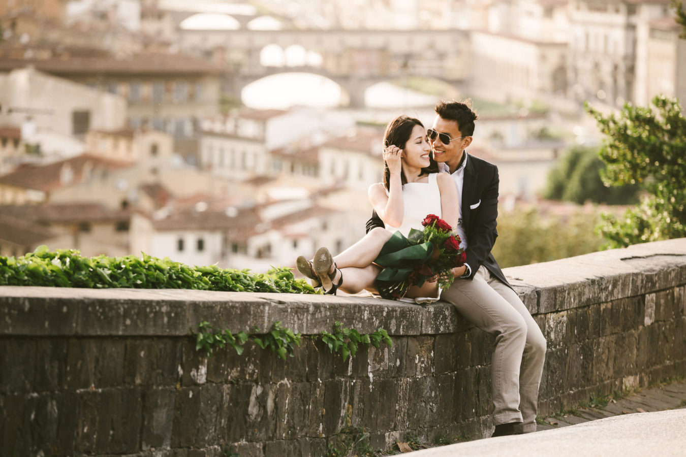 Surprise proposal photo session in Florence panoramic view
