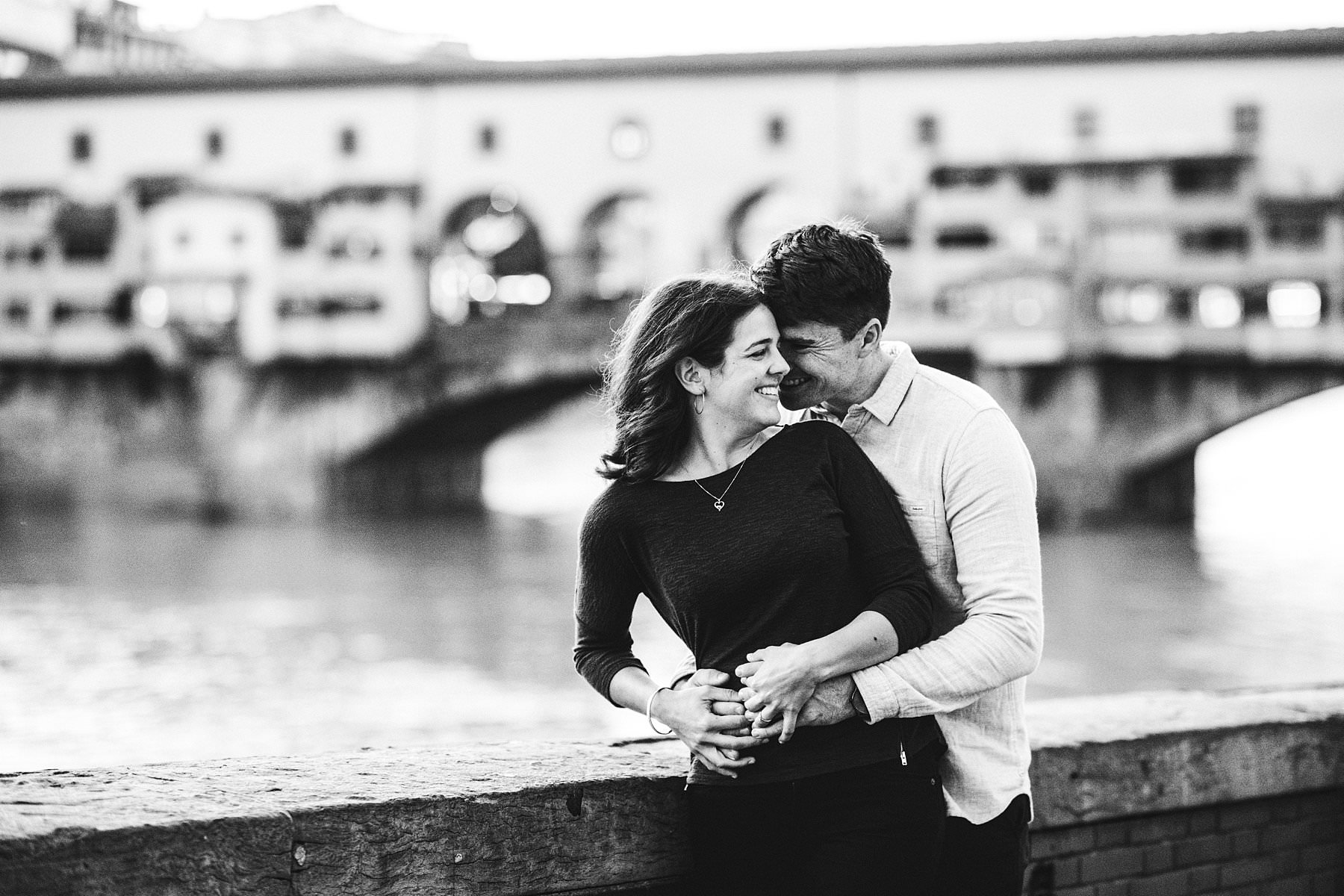 Unforgettable and spontaneous creative engagement photo shoot in the heart of Florence at breathtaking Ponte Vecchio very near Uffizi Art Gallery and Palazzo Vecchio