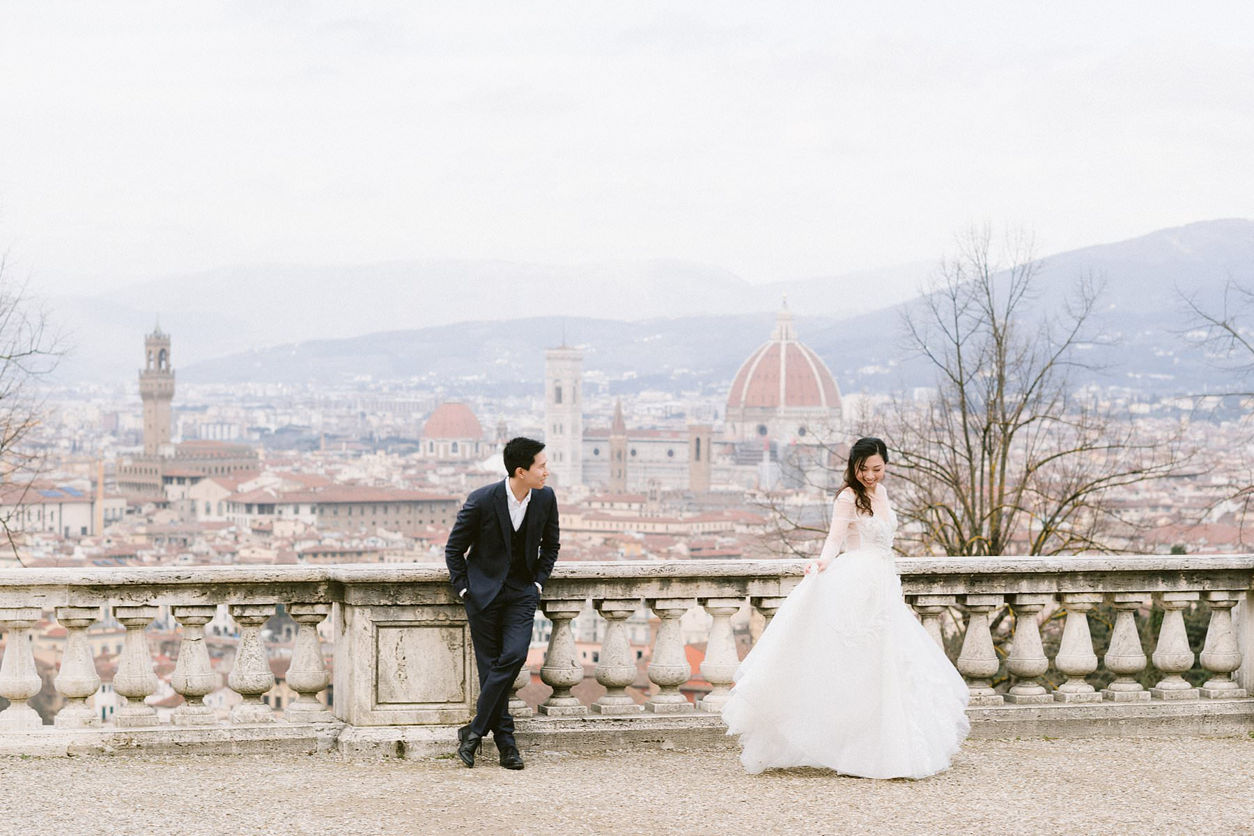 Romantic couple photos in Florence during the pandemic is not only possible but actually ideal