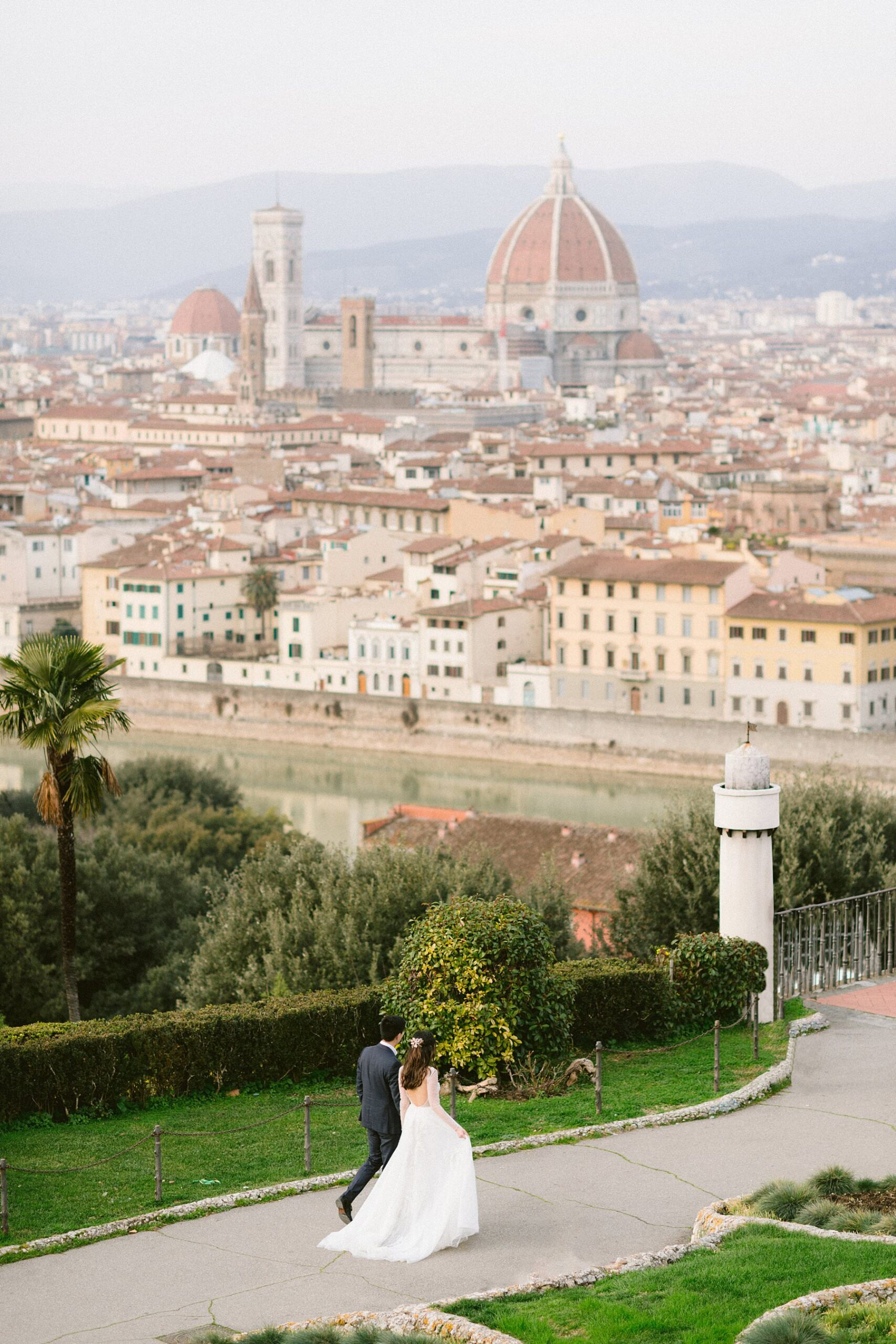 A Florence elegant walk photo shoot at Piazzale Michelangelo during covid-19 pandemic